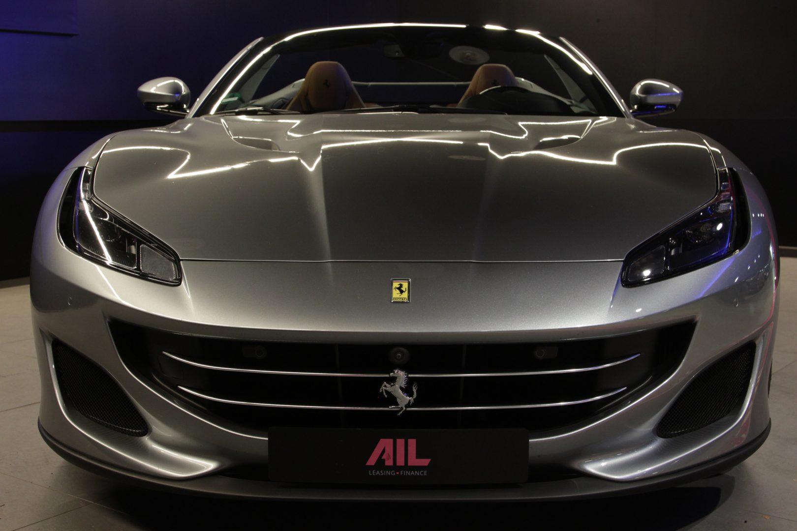 AIL Ferrari Portofino 6