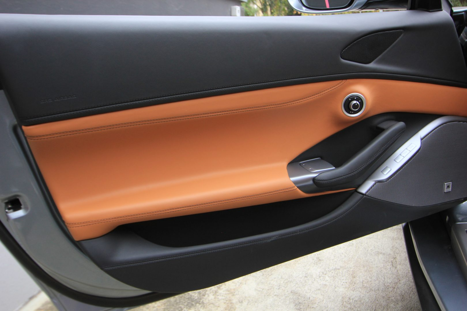 AIL Ferrari Portofino 10