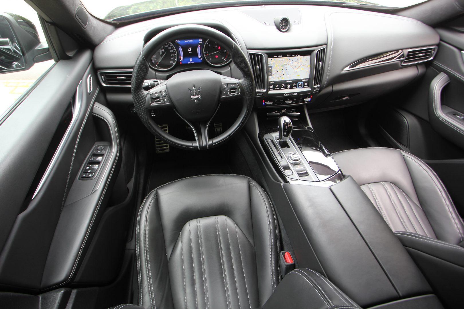 AIL Maserati Levante Diesel Business Paket Plus 8