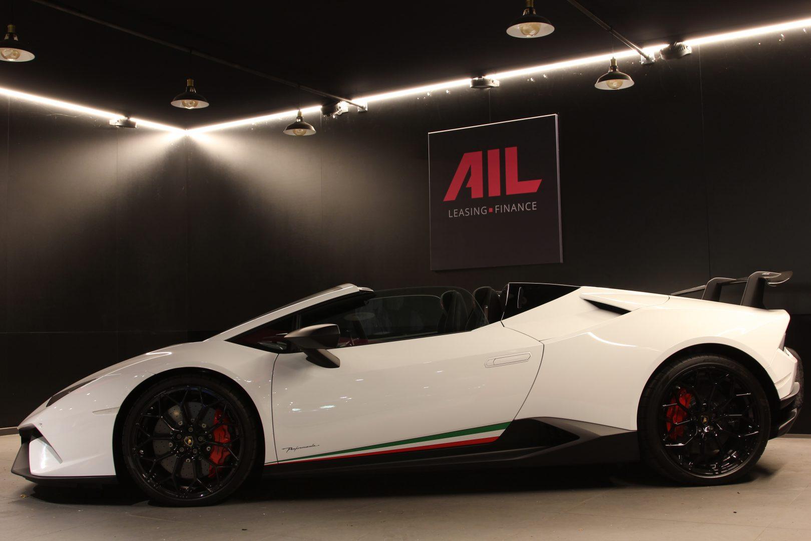 AIL Lamborghini Huracan Performante Spyder LP 640-4 2