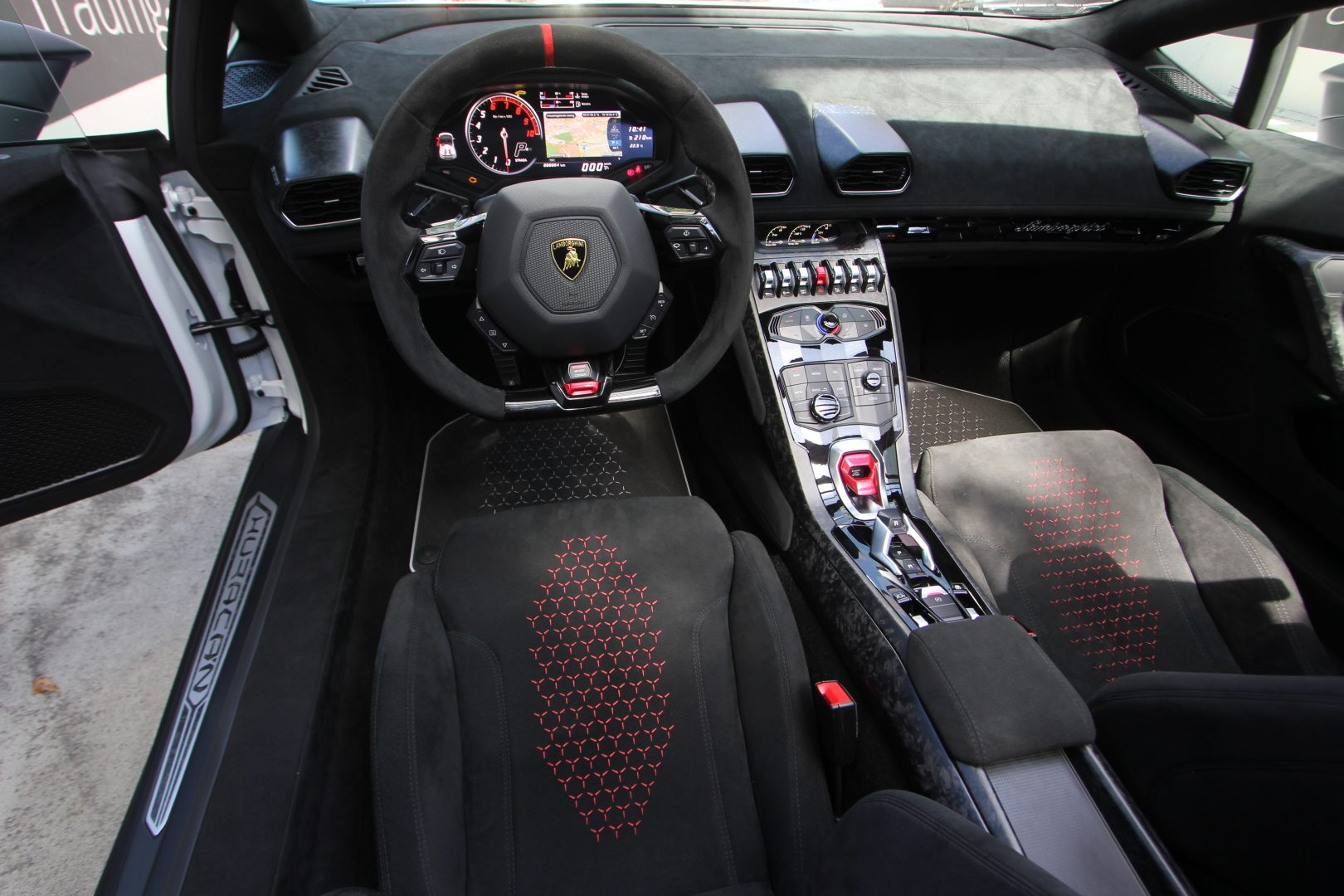 AIL Lamborghini Huracan Performante Spyder LP 640-4 11