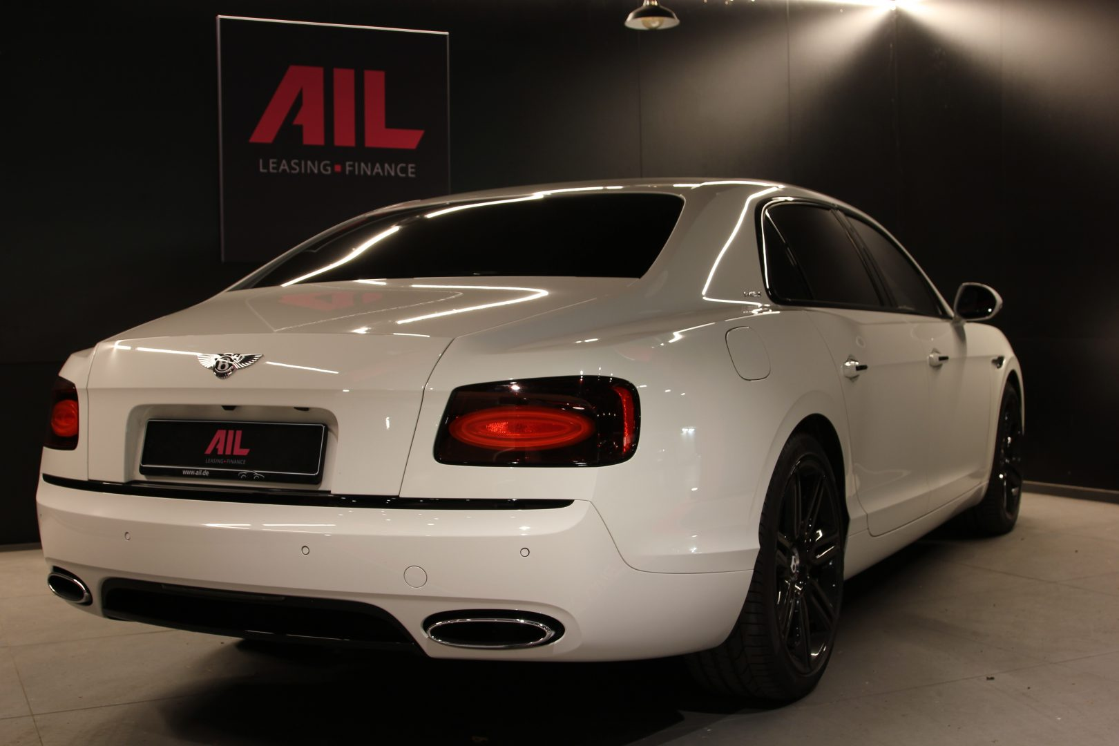 AIL Bentley Flying Spur W12S 8