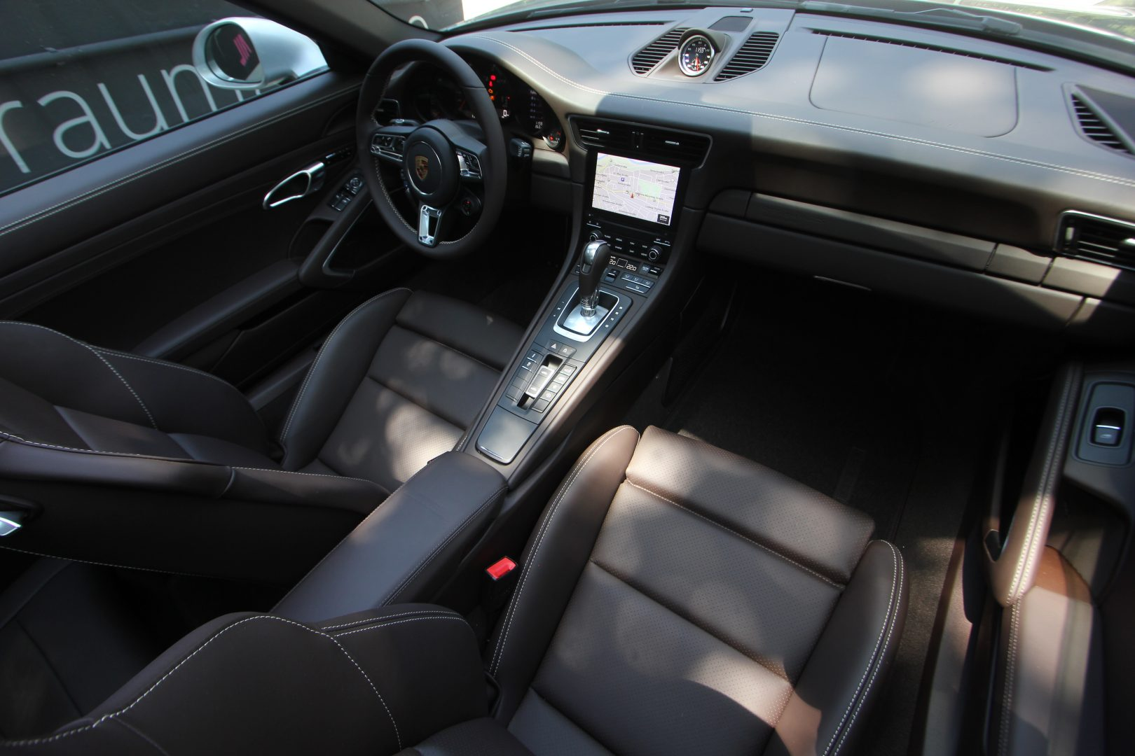 AIL Porsche 991 Targa 4 GTS Exclusiv 12