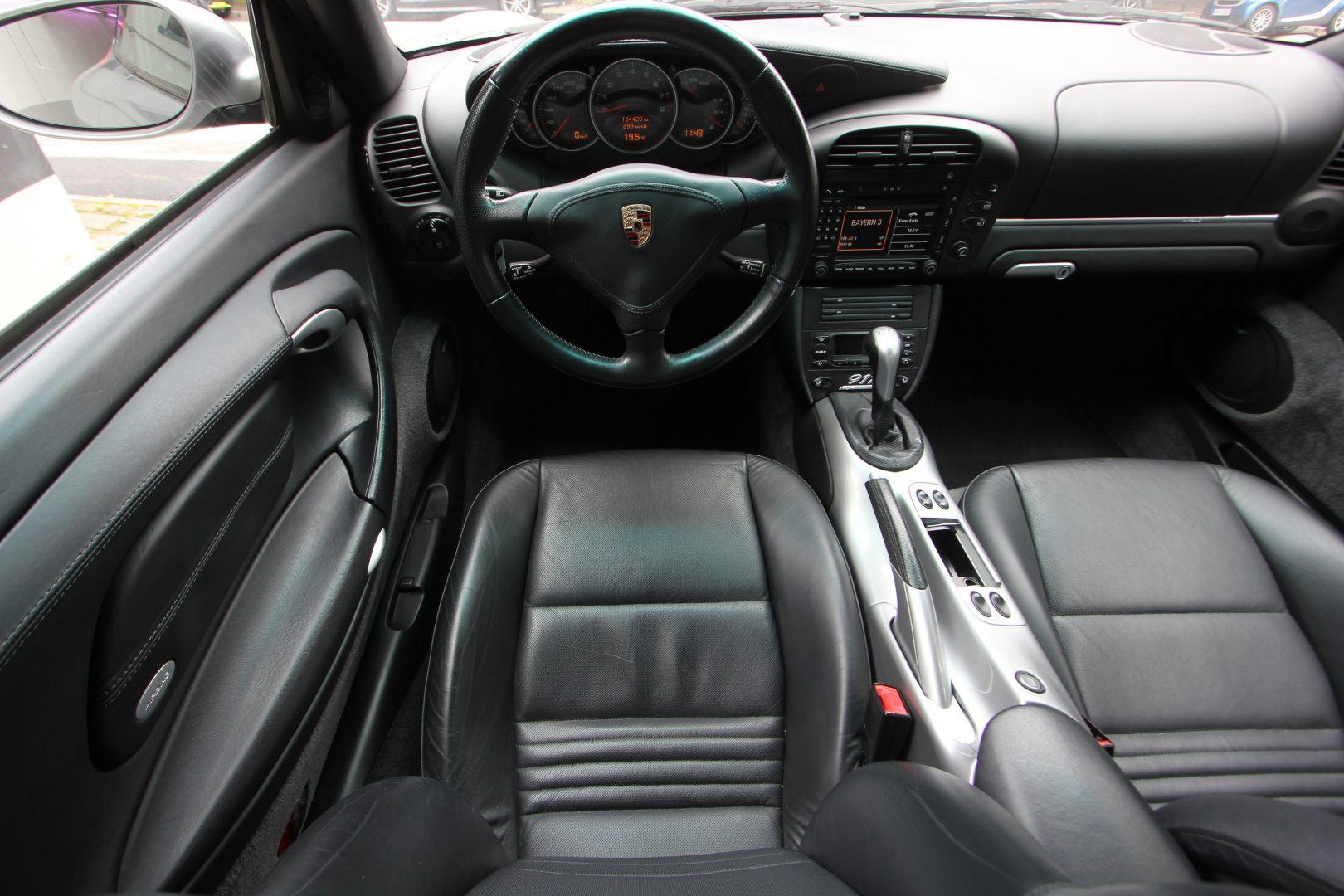 AIL Porsche 911 996 Coupe 40 Jahre 911 PCM BOSE 12