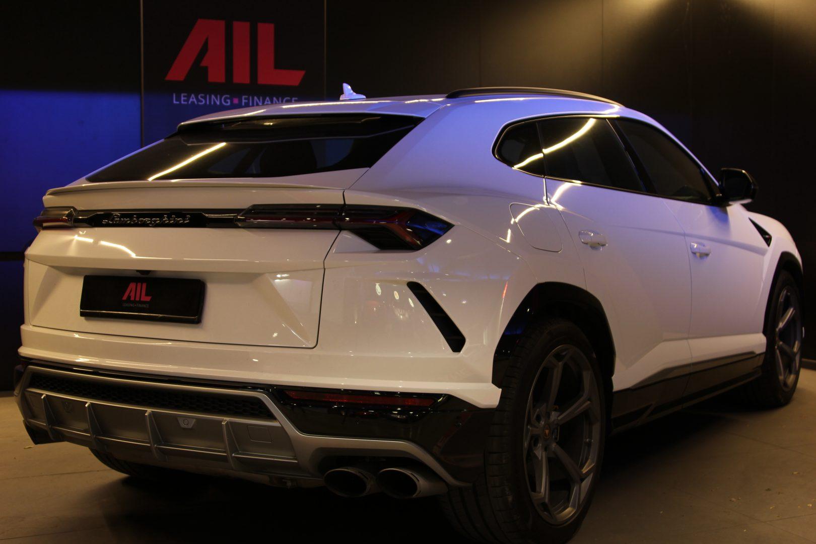 AIL Lamborghini Urus 6