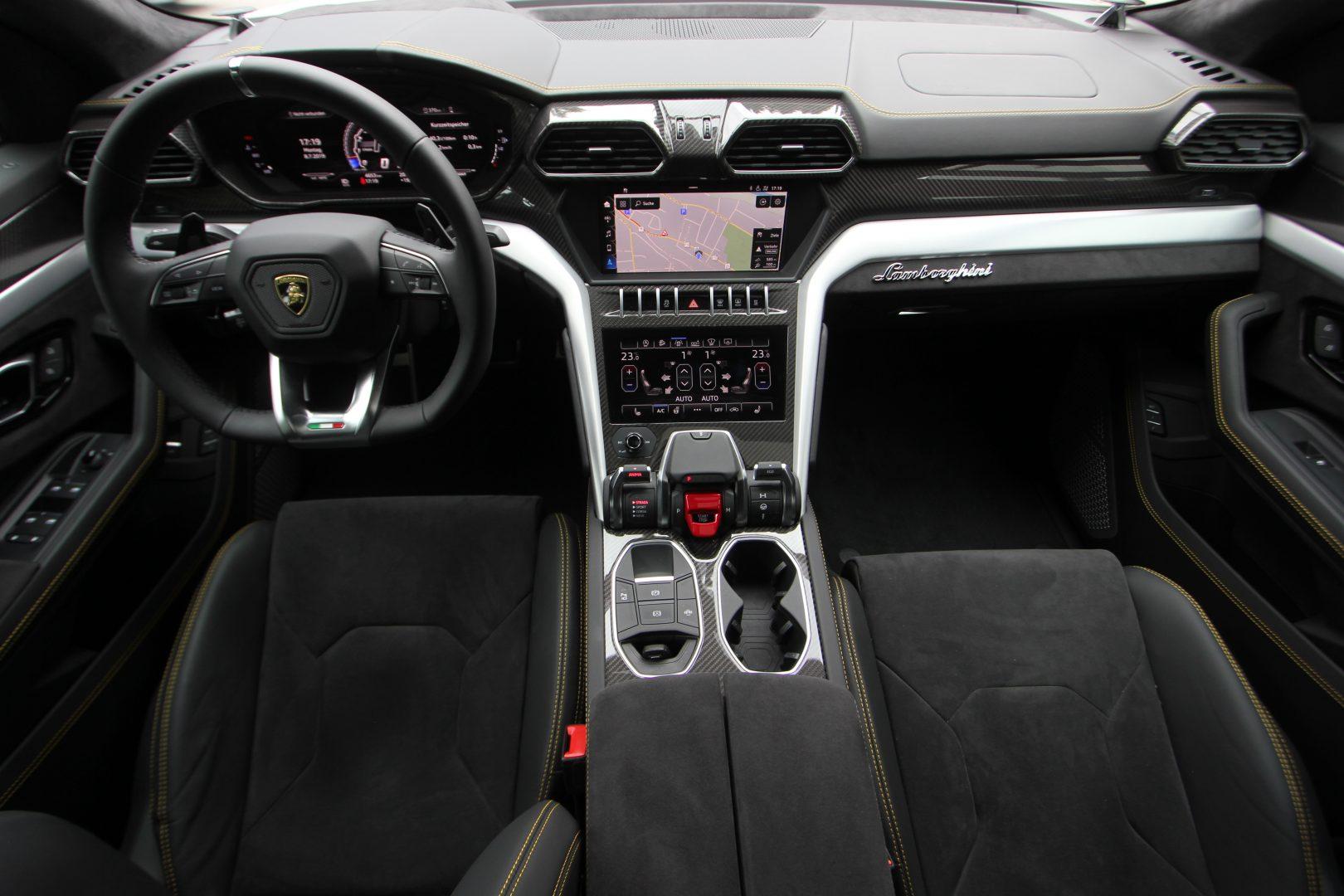 AIL Lamborghini Urus 11