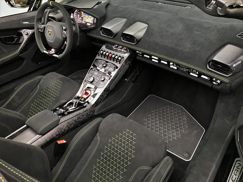 AIL Lamborghini Huracan Performante Spyder LP 640-4 Verda Mantis 6