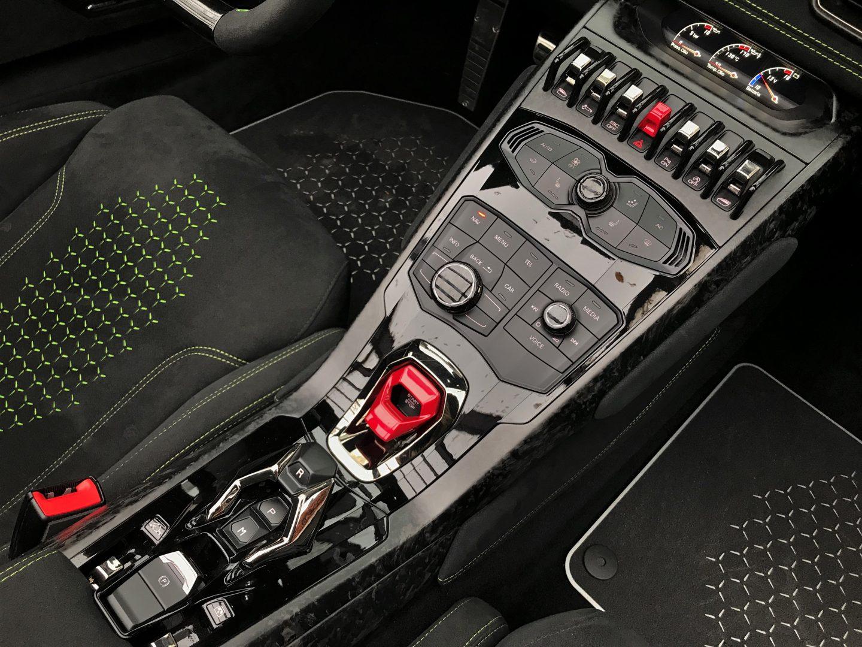 AIL Lamborghini Huracan Performante Spyder LP 640-4 Verda Mantis 12