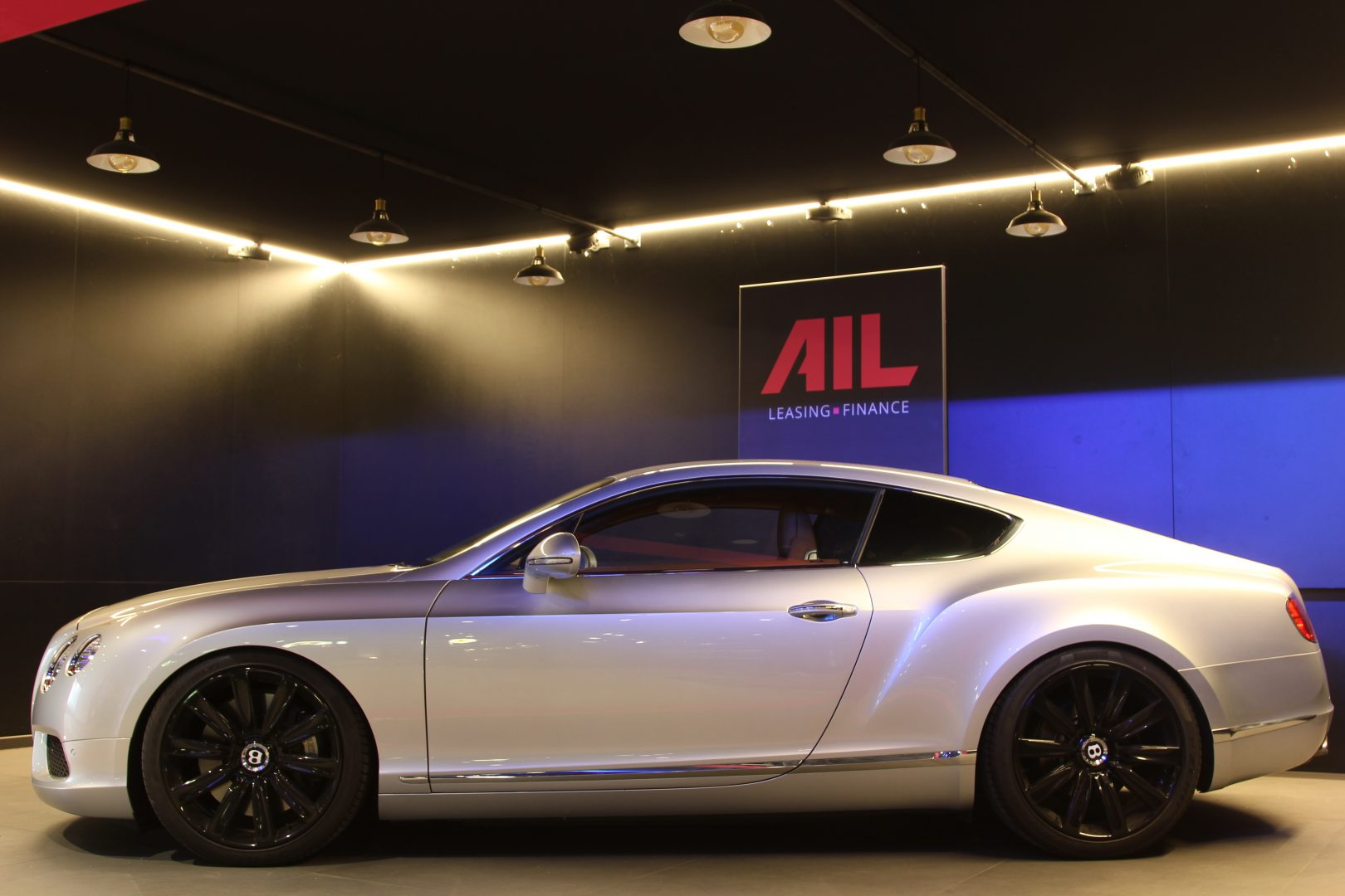 AIL Bentley Continental GT V8 Mulliner 1
