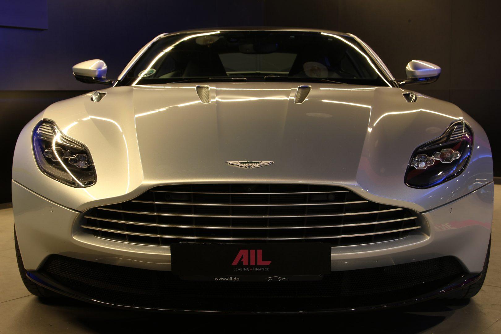 AIL Aston Martin DB11 Coupe 5.2 V12 3