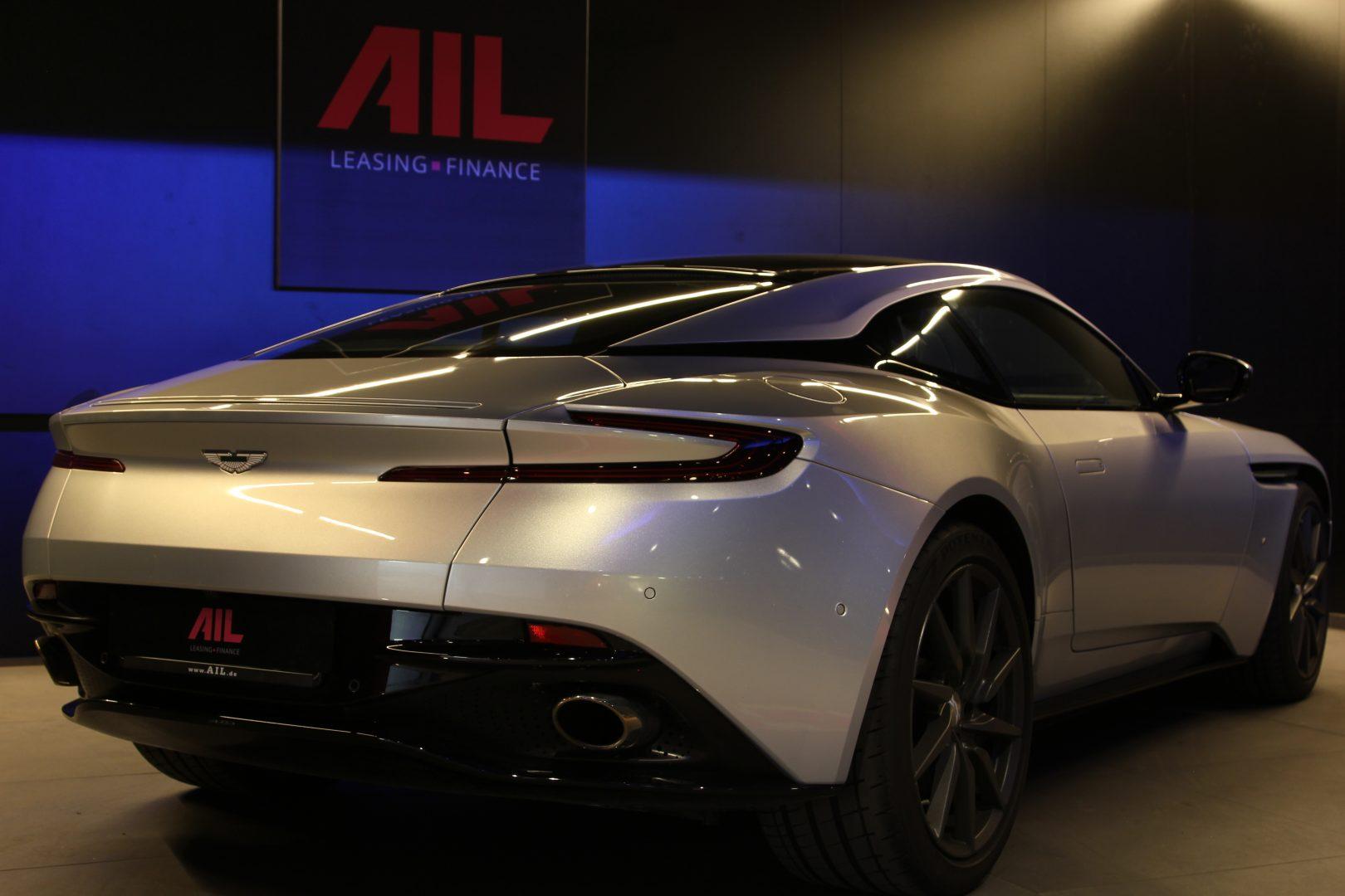 AIL Aston Martin DB11 Coupe 5.2 V12 4