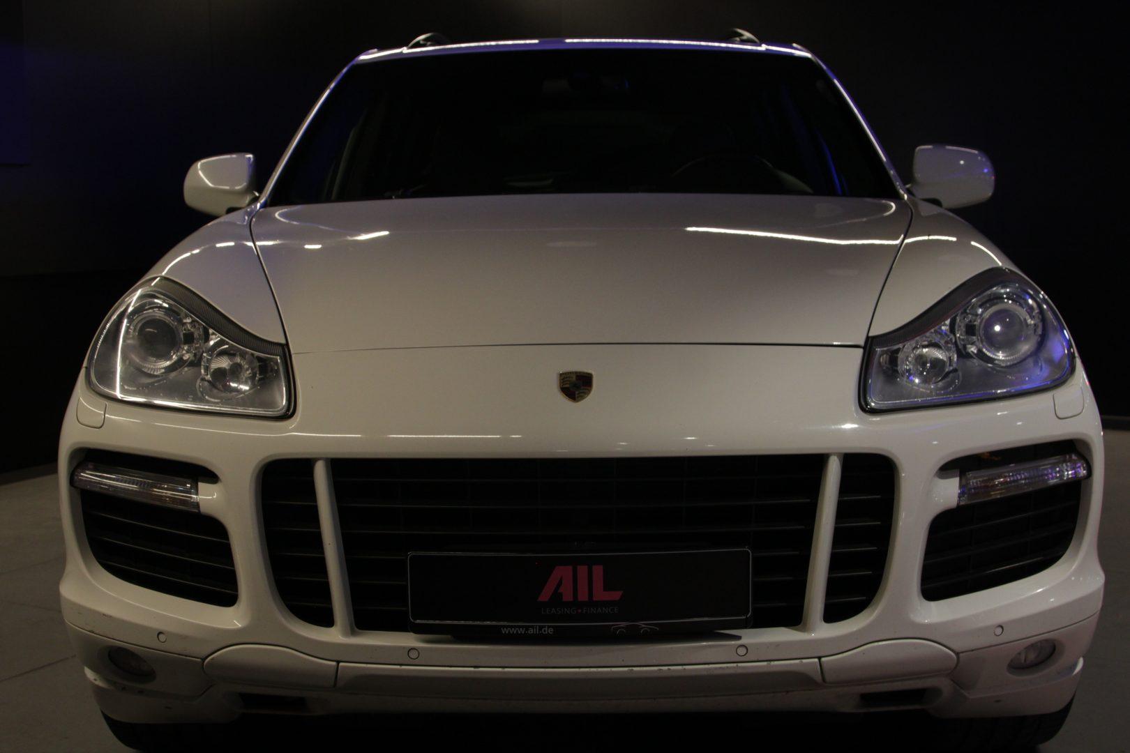 AIL Porsche Cayenne GTS 2