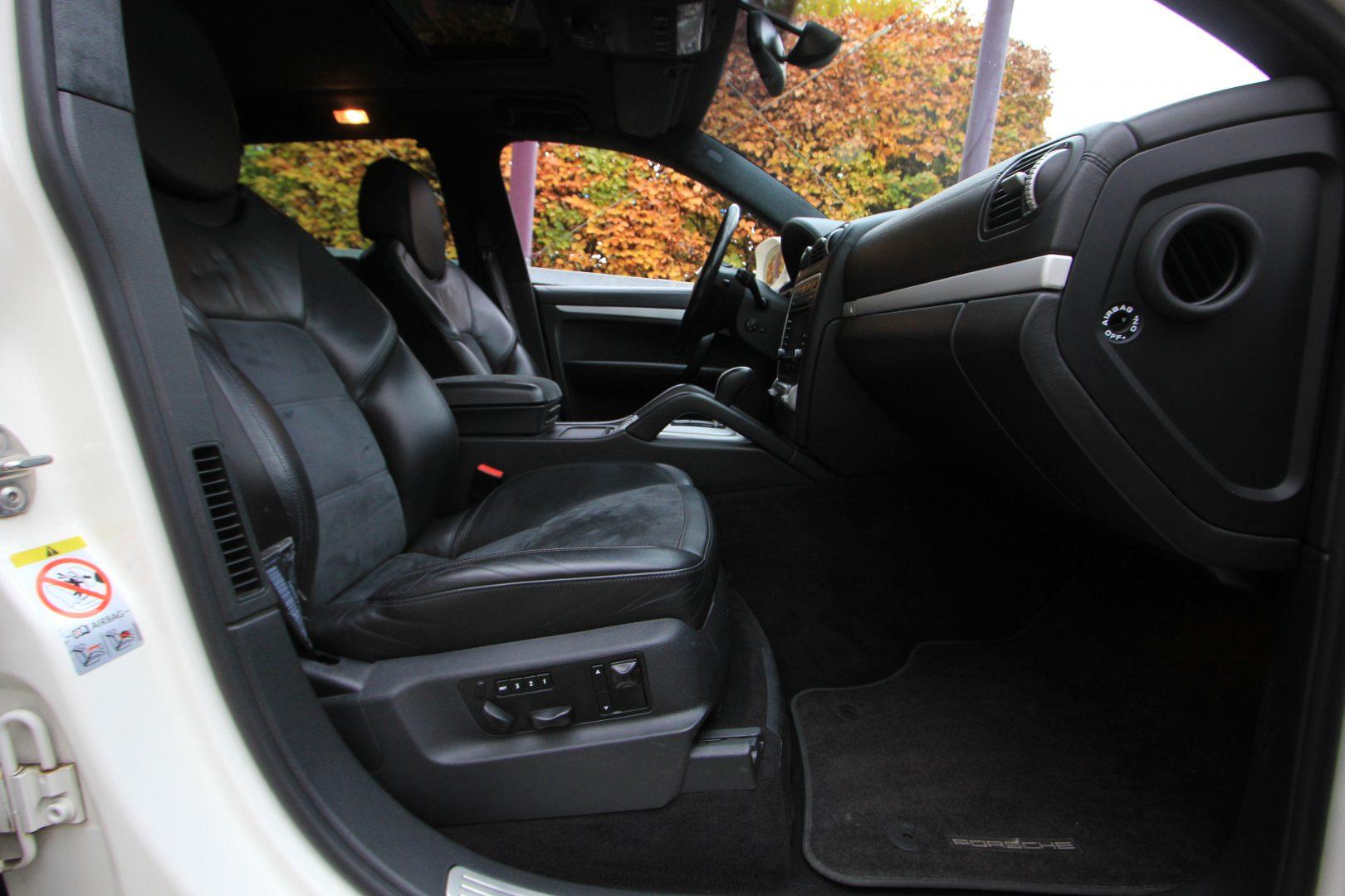 AIL Porsche Cayenne GTS 10