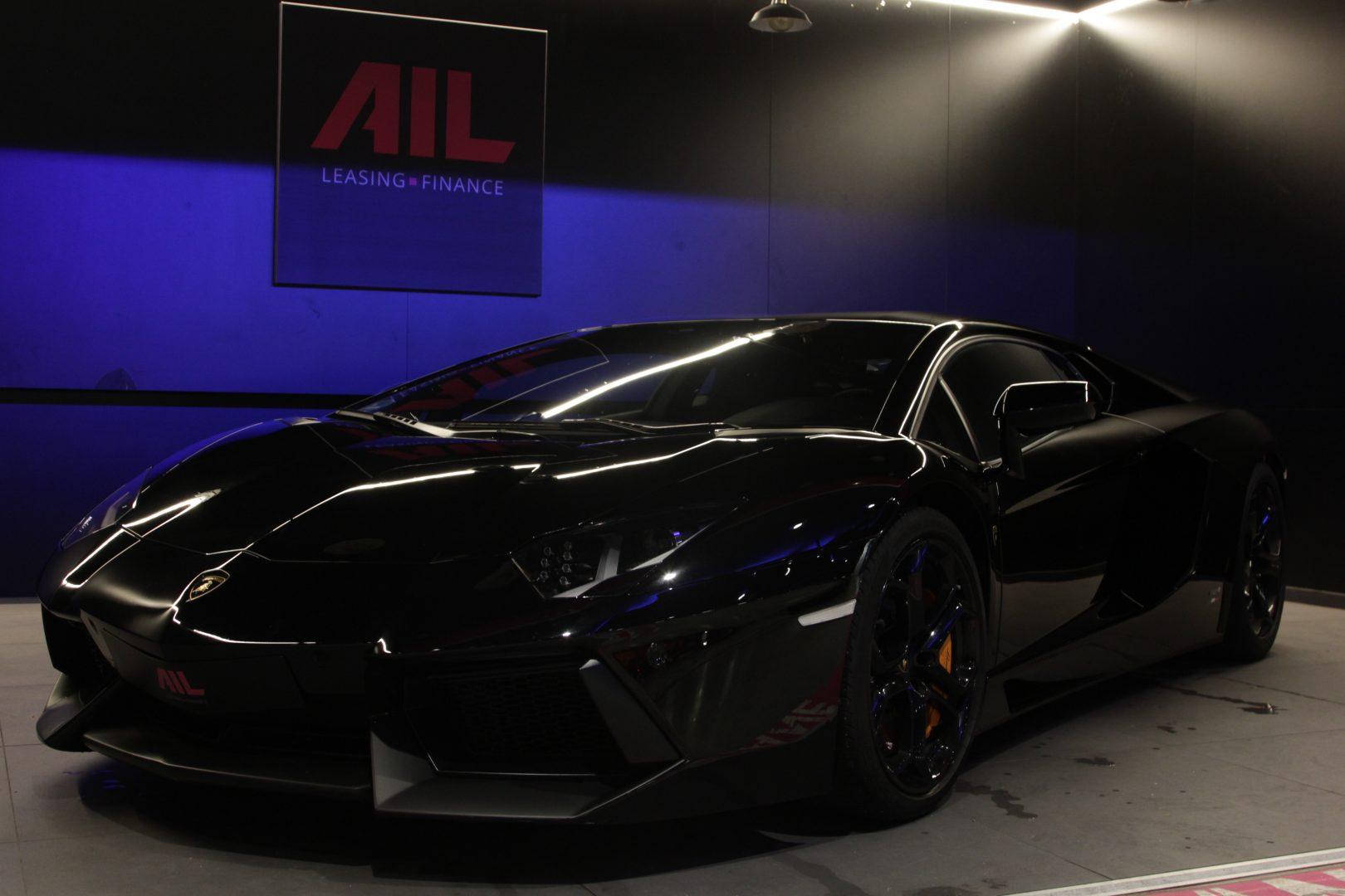 AIL Lamborghini Aventador LP 700-4 5