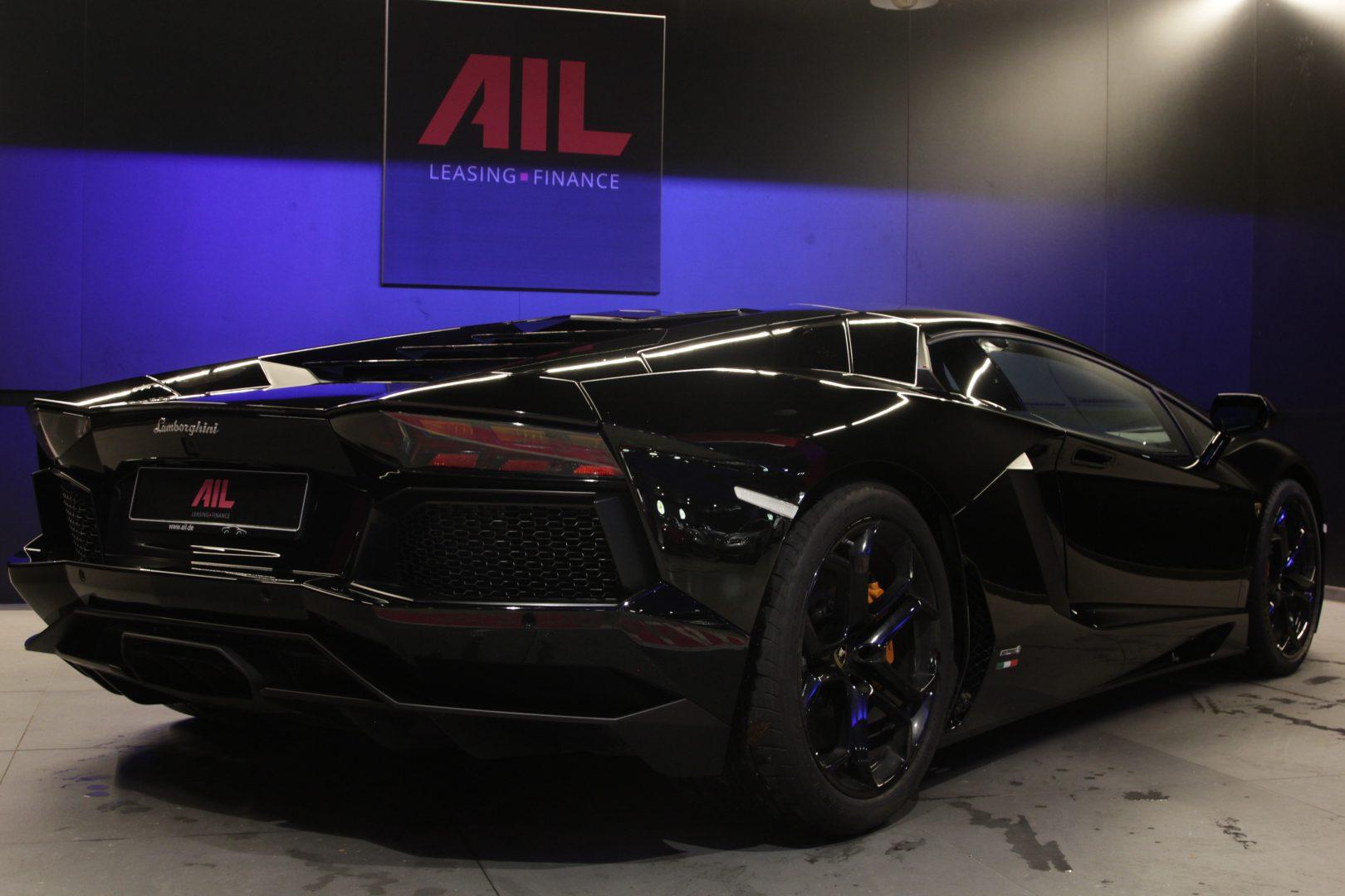 AIL Lamborghini Aventador LP 700-4 10