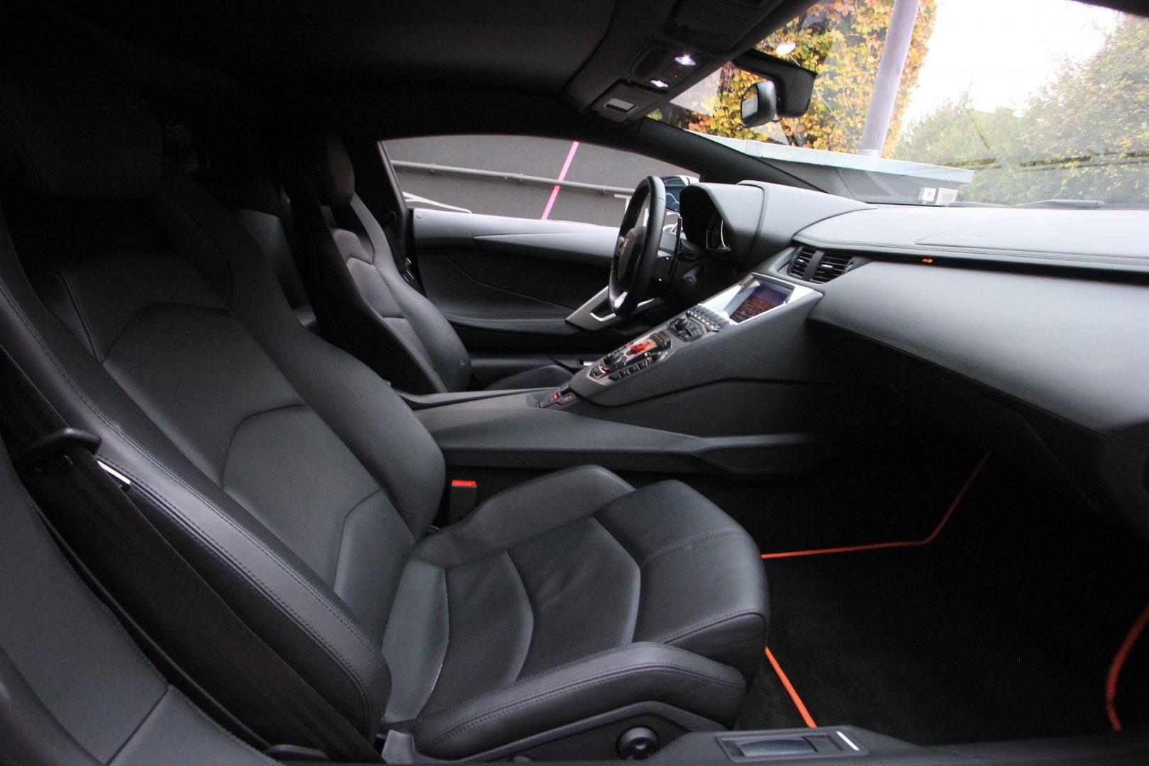 AIL Lamborghini Aventador LP 700-4 9