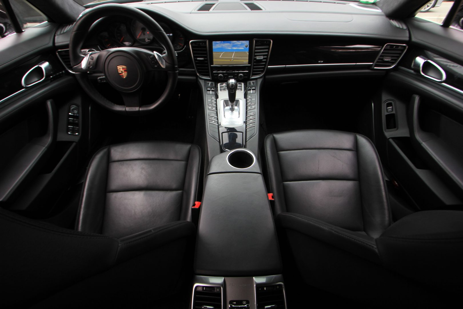 AIL Porsche Panamera 4 S Burmester Sportabgas  3