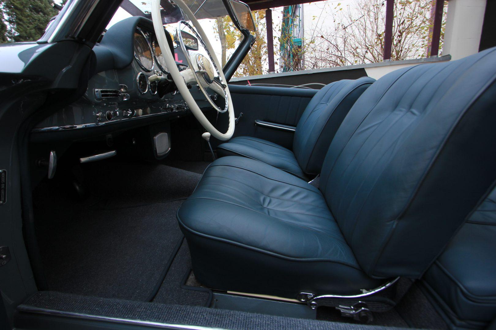 AIL Mercedes-Benz 190 SL 4