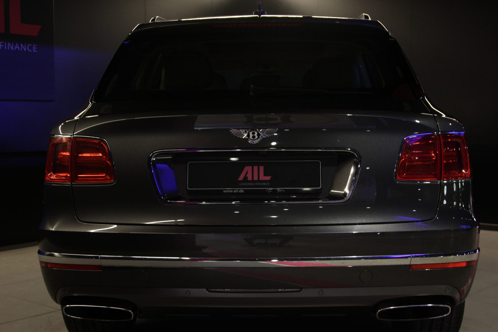 AIL Bentley Bentayga W12 8