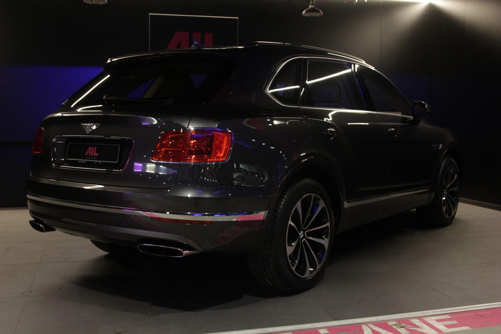 AIL Bentley Bentayga W12 6