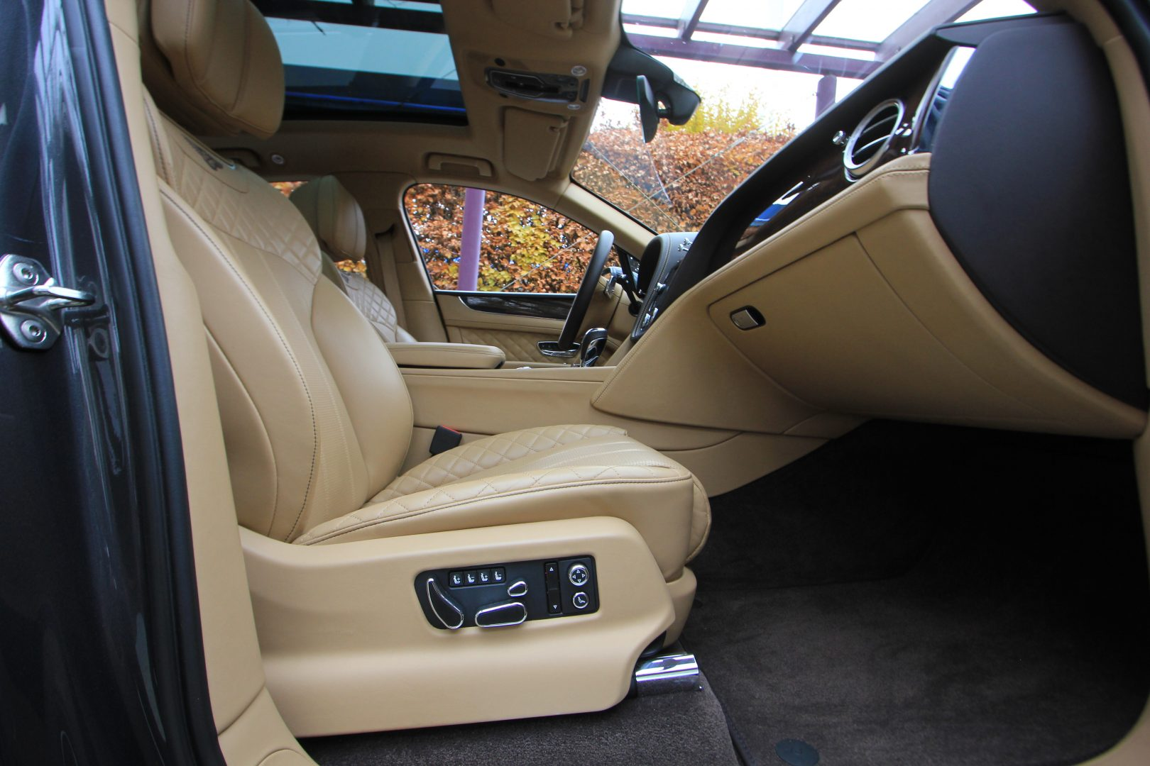 AIL Bentley Bentayga W12 12