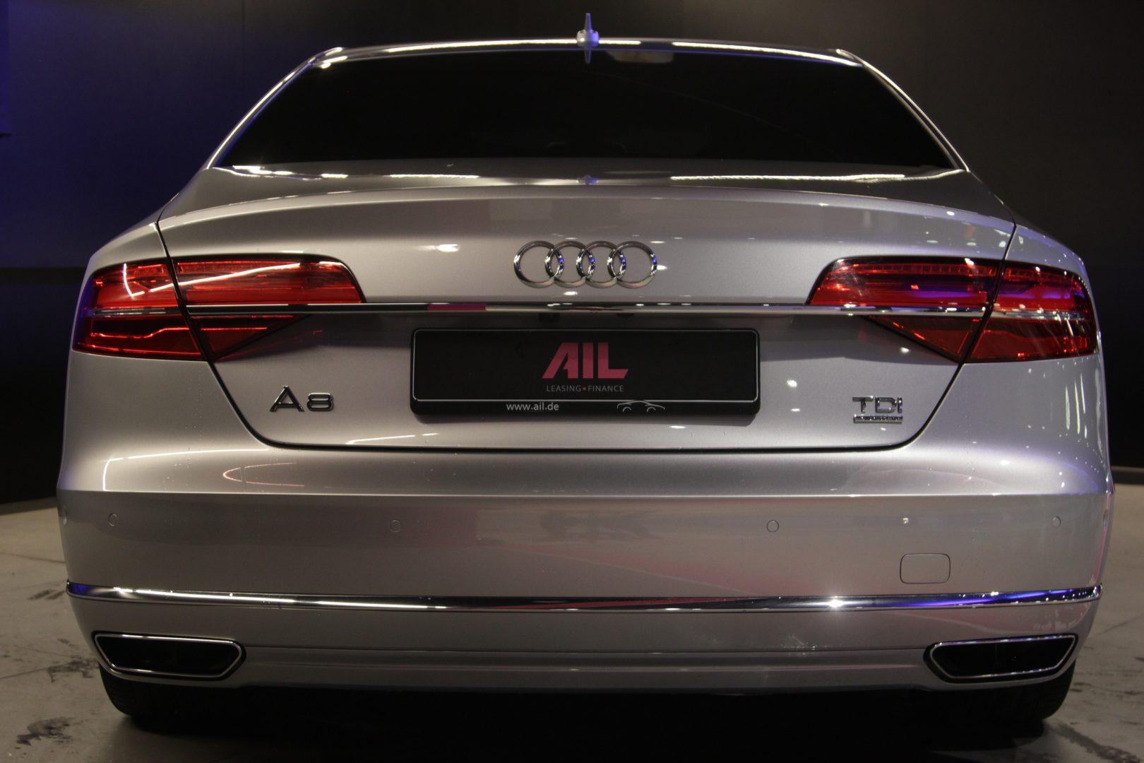 AIL Audi A8 3.0 TDI  quattro 8