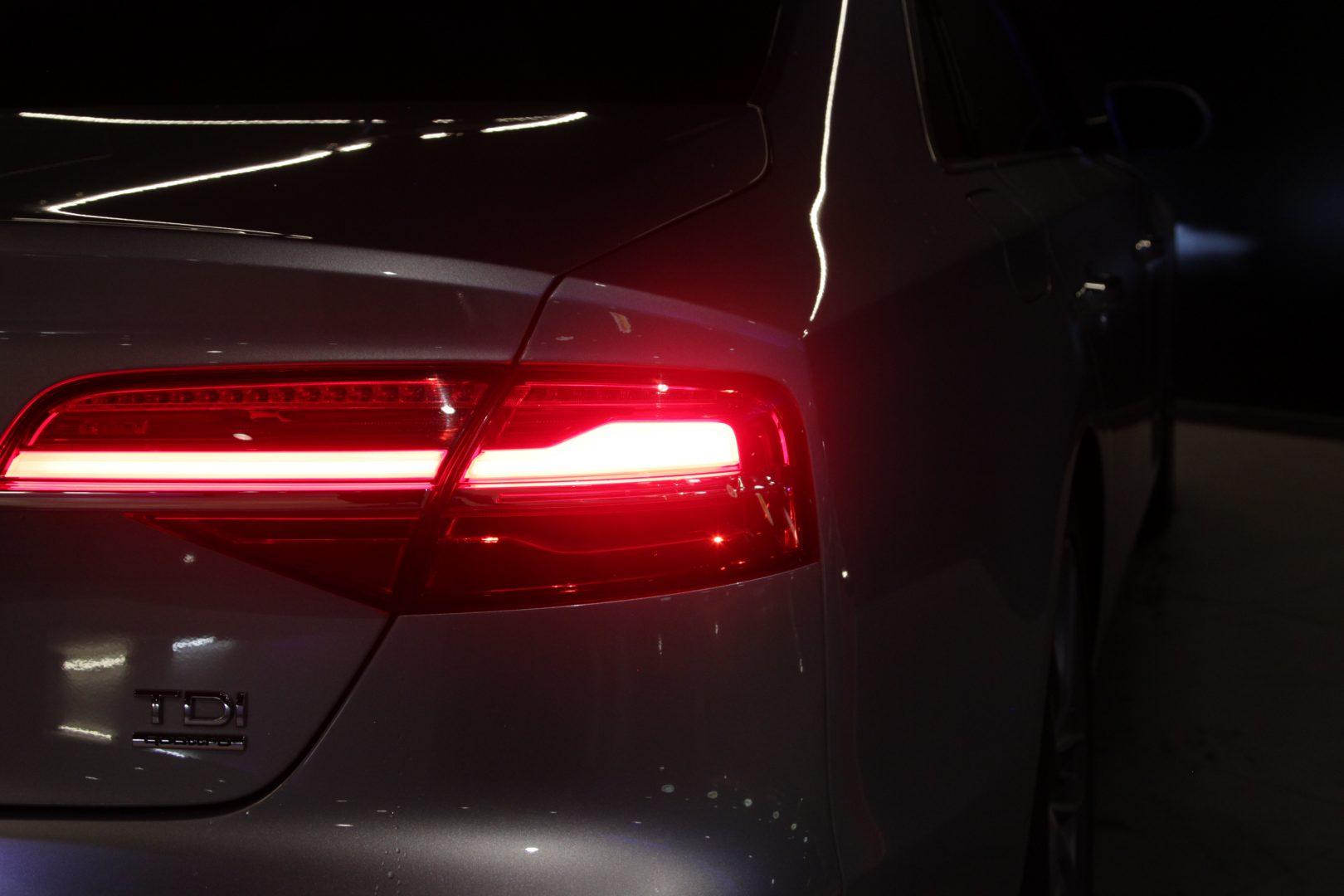 AIL Audi A8 3.0 TDI  quattro 13