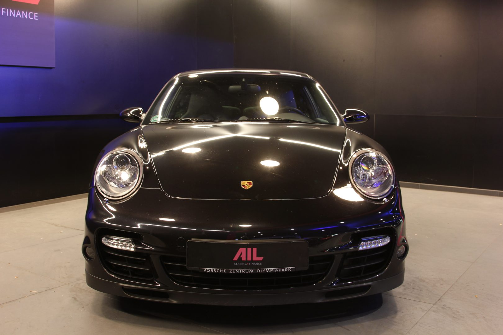 AIL Porsche 997 Turbo  10