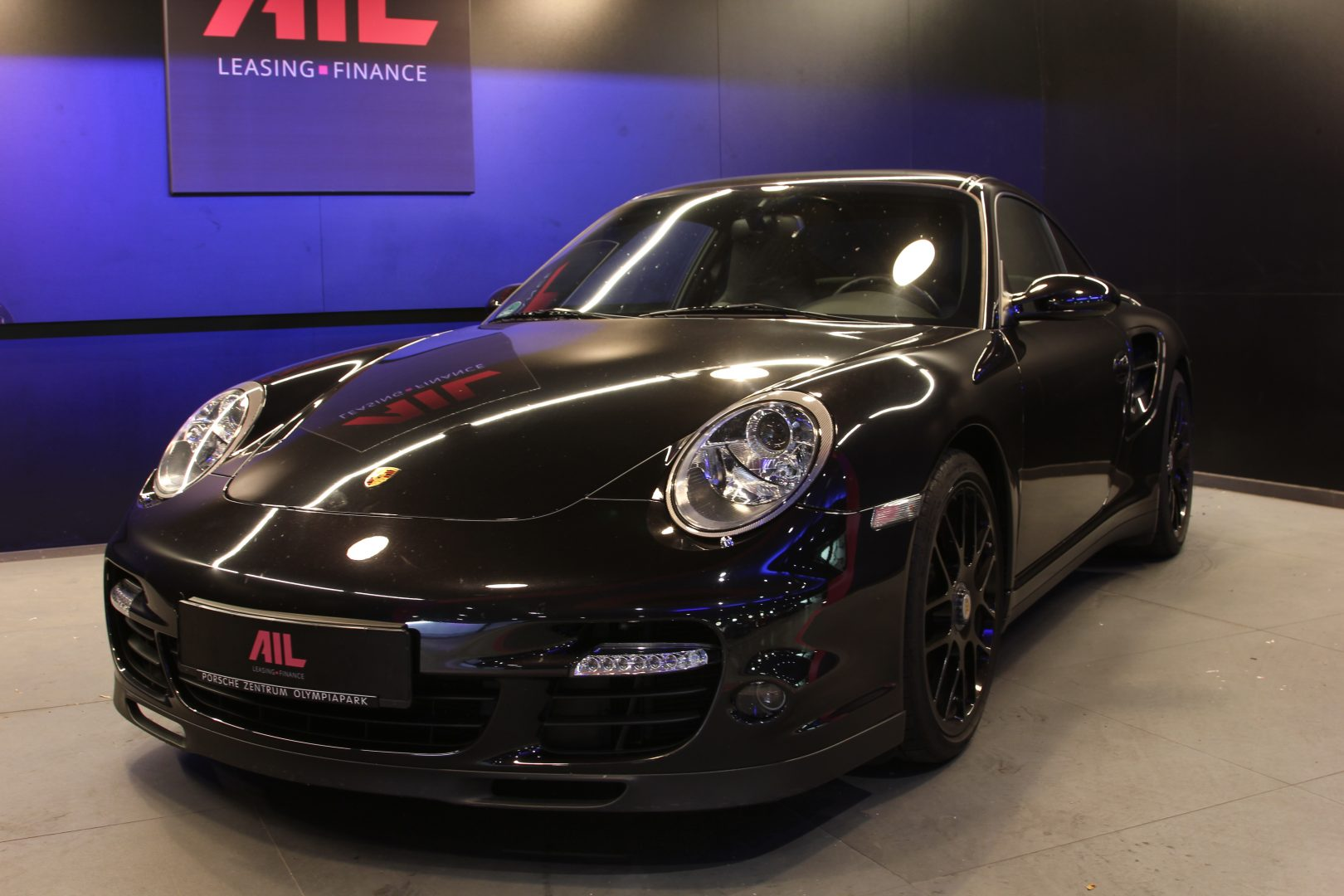 AIL Porsche 997 Turbo  5