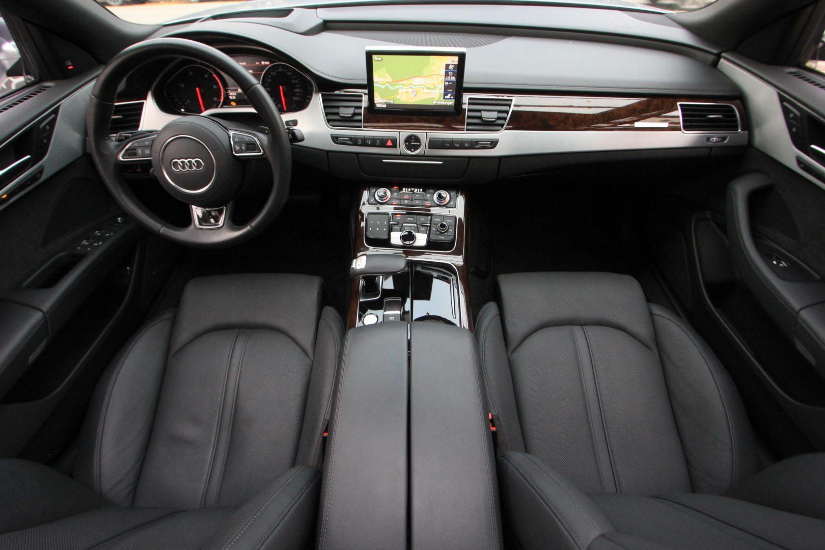 AIL Audi A8 3.0 TDI  quattro 1