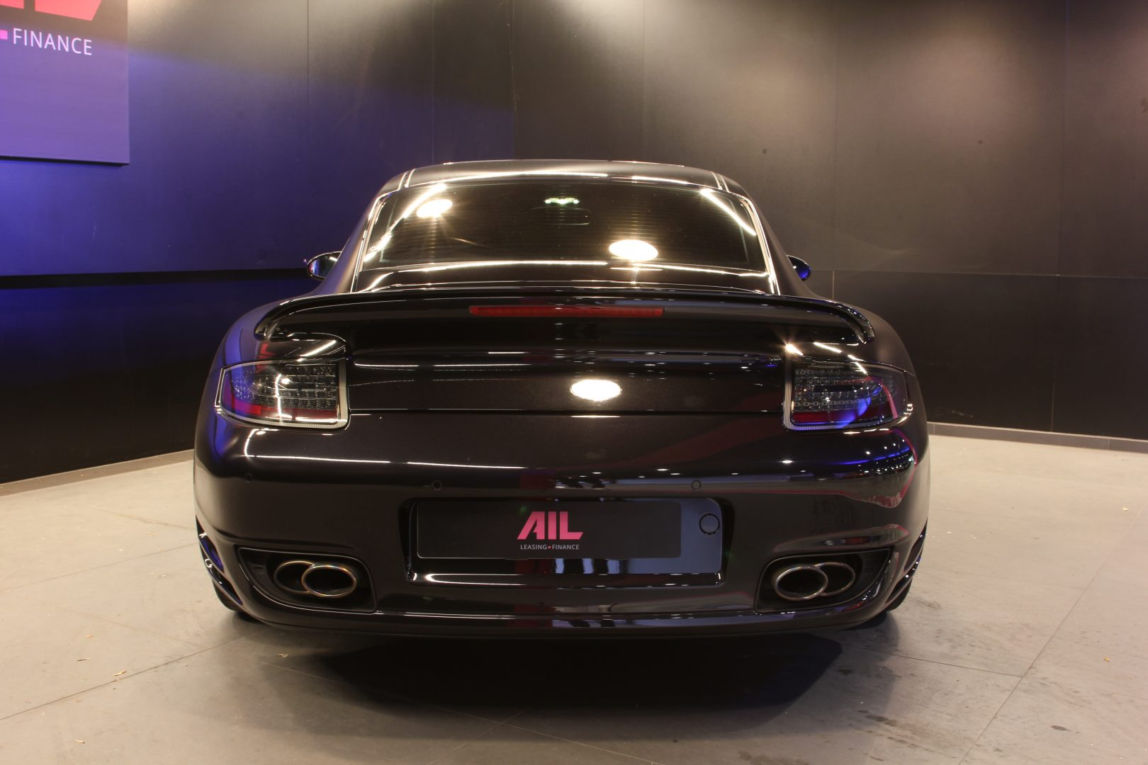 AIL Porsche 997 Turbo  8