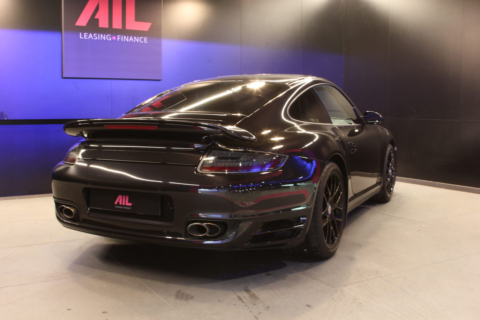 AIL Porsche 997 Turbo  1