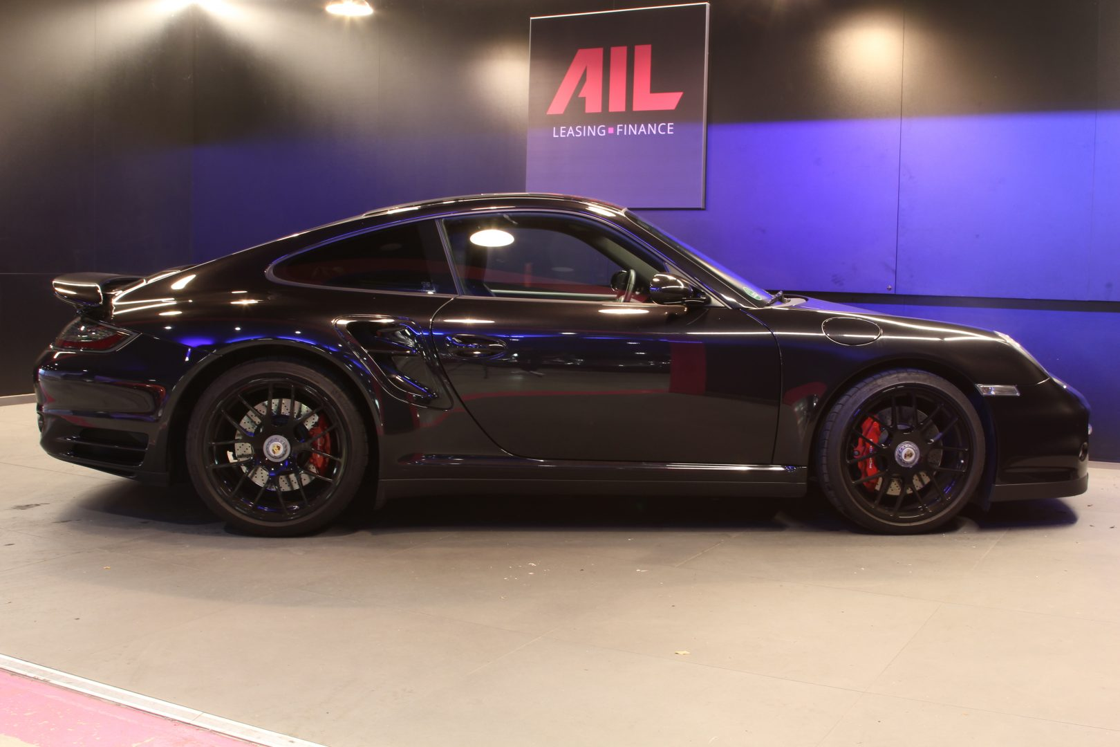 AIL Porsche 997 Turbo  12