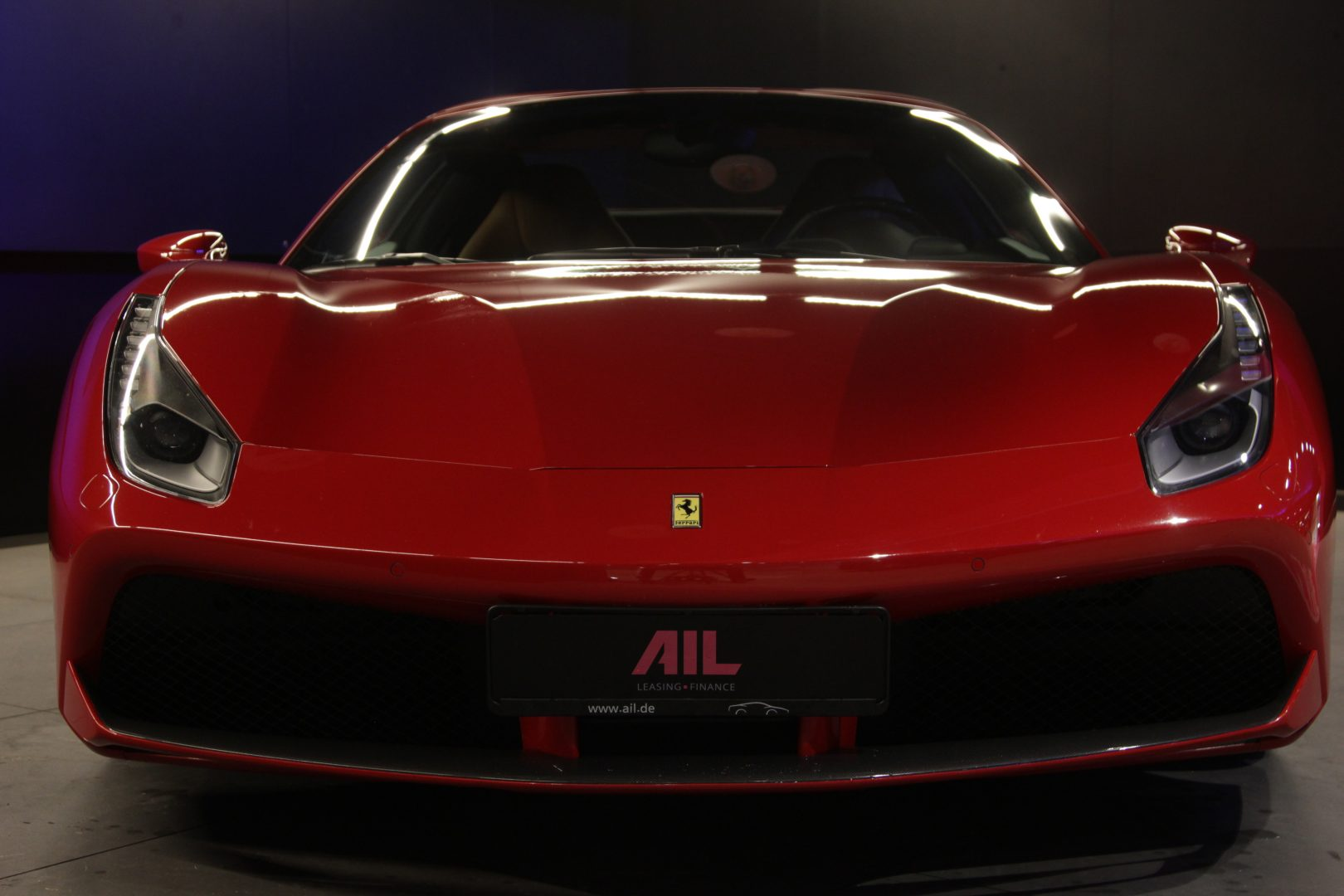 AIL Ferrari 488 Spider 12