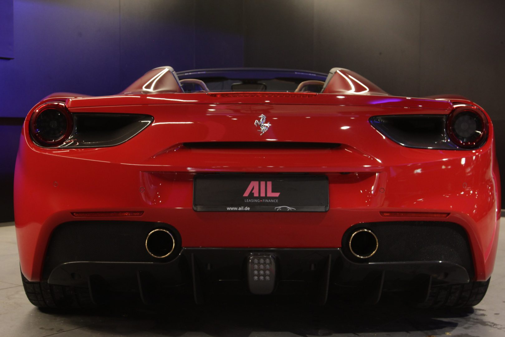AIL Ferrari 488 Spider 8