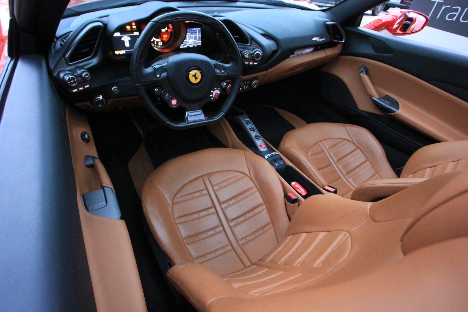 AIL Ferrari 488 Spider 3