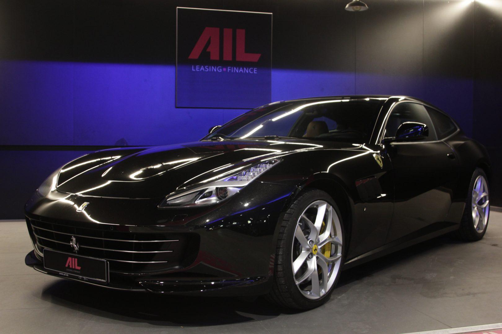 AIL Ferrari GTC4Lusso T LIFT  5