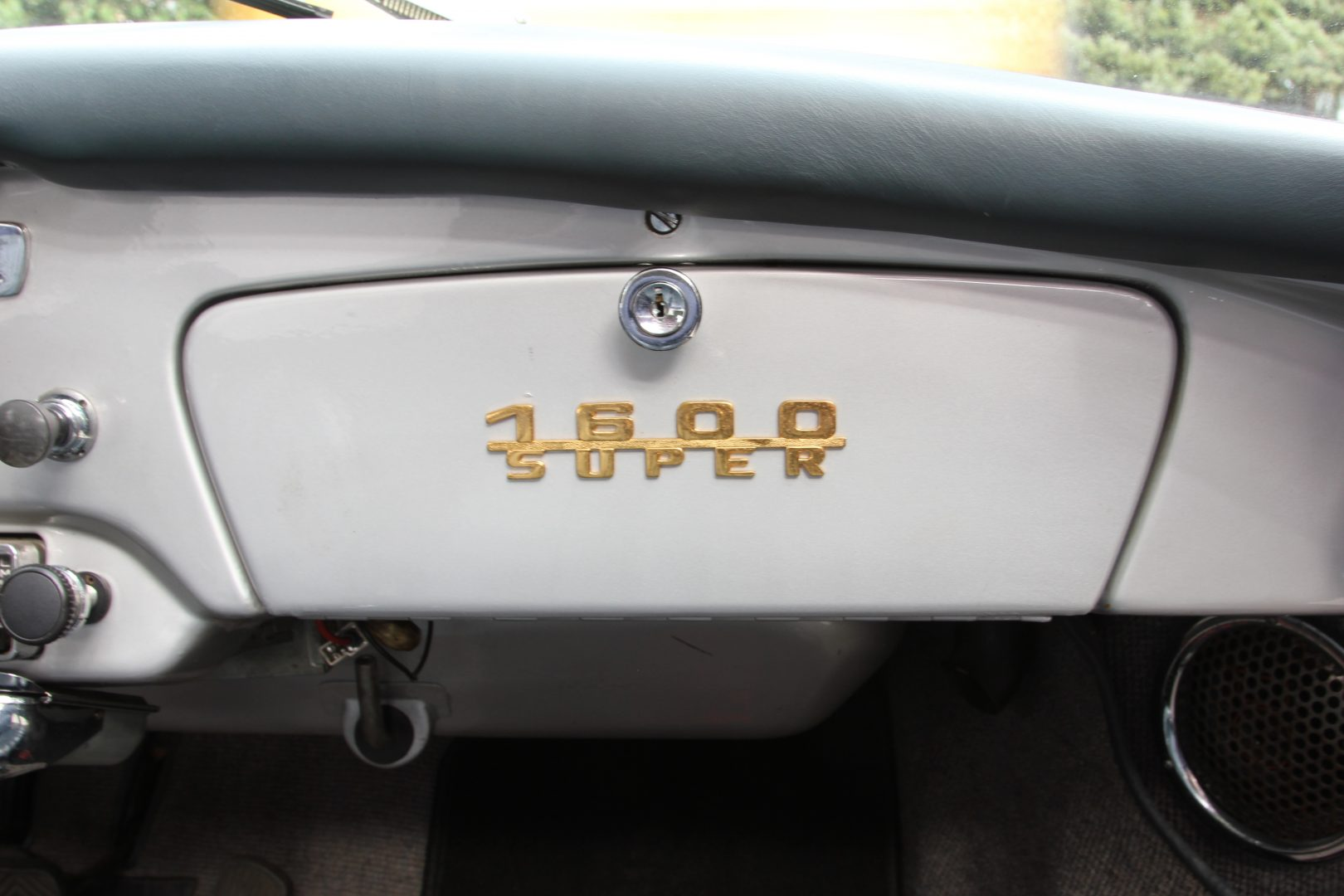 AIL Porsche 356 B 1600 Super 11