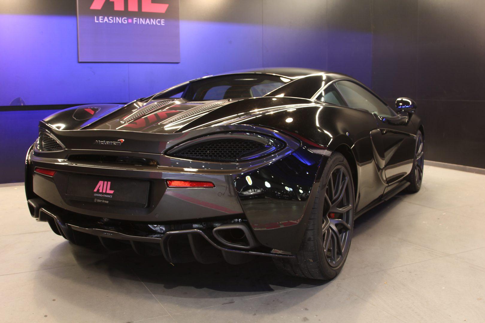 AIL McLaren 540C 1