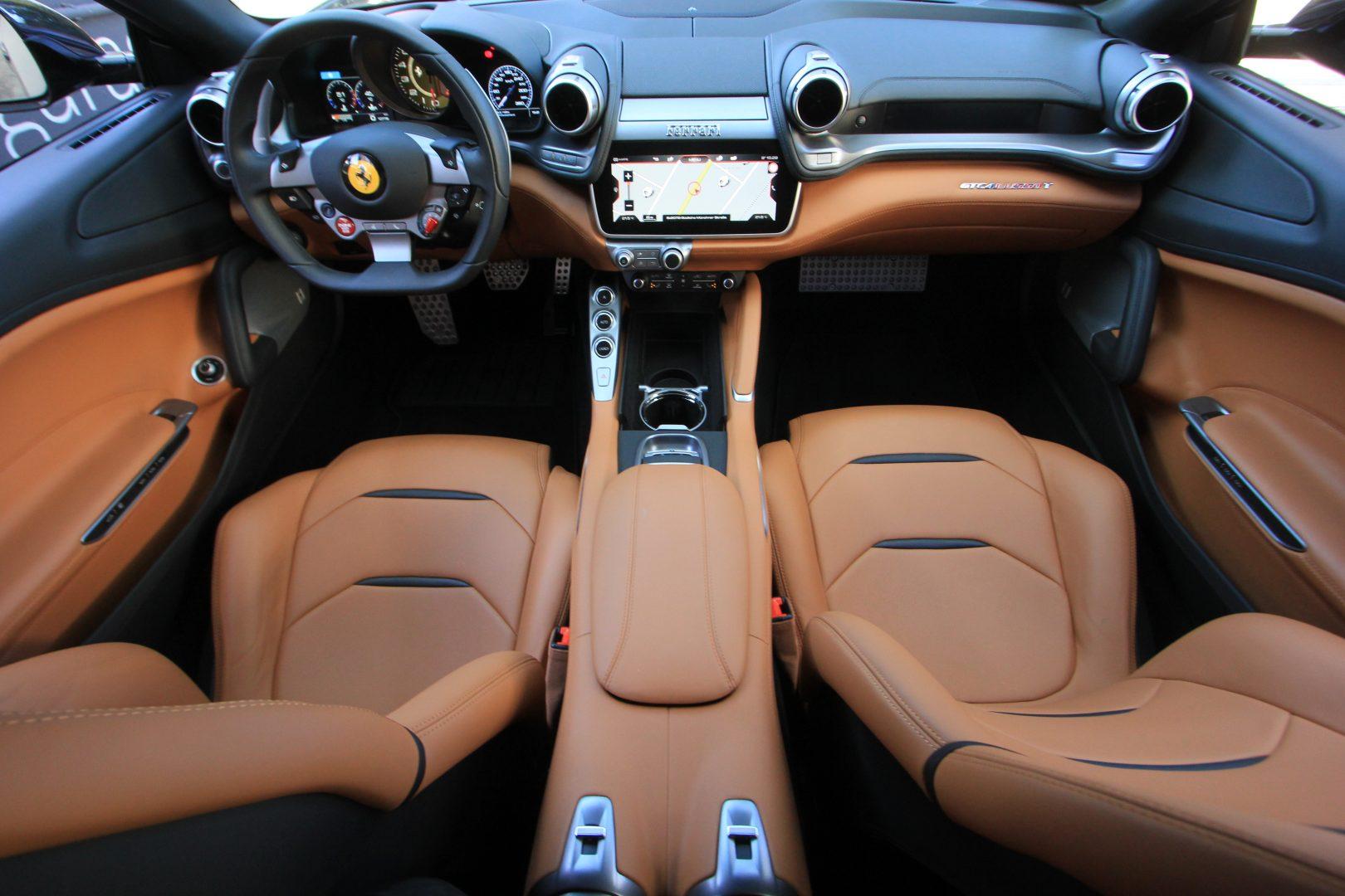 AIL Ferrari GTC4Lusso T LIFT  6