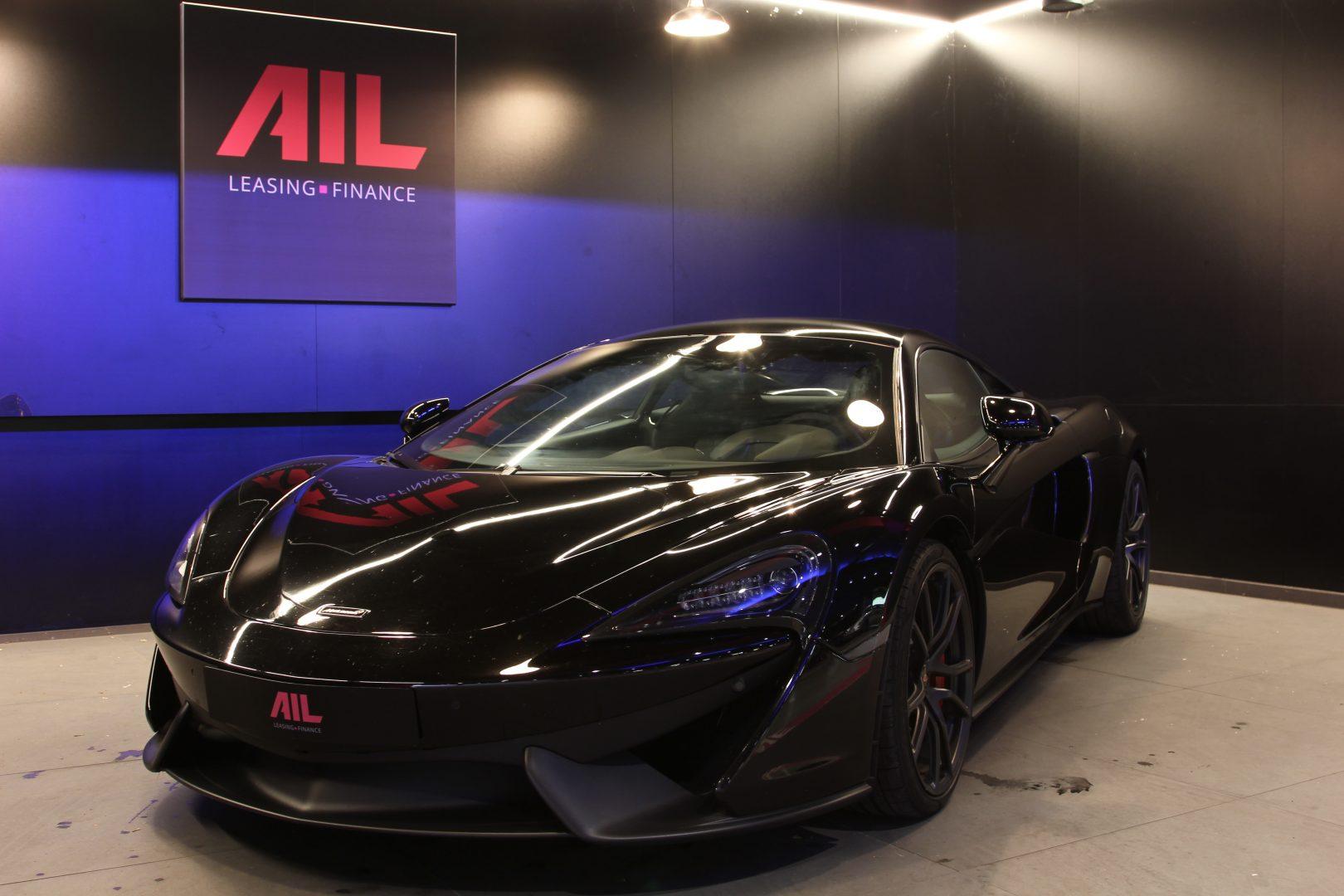 AIL McLaren 540C 12