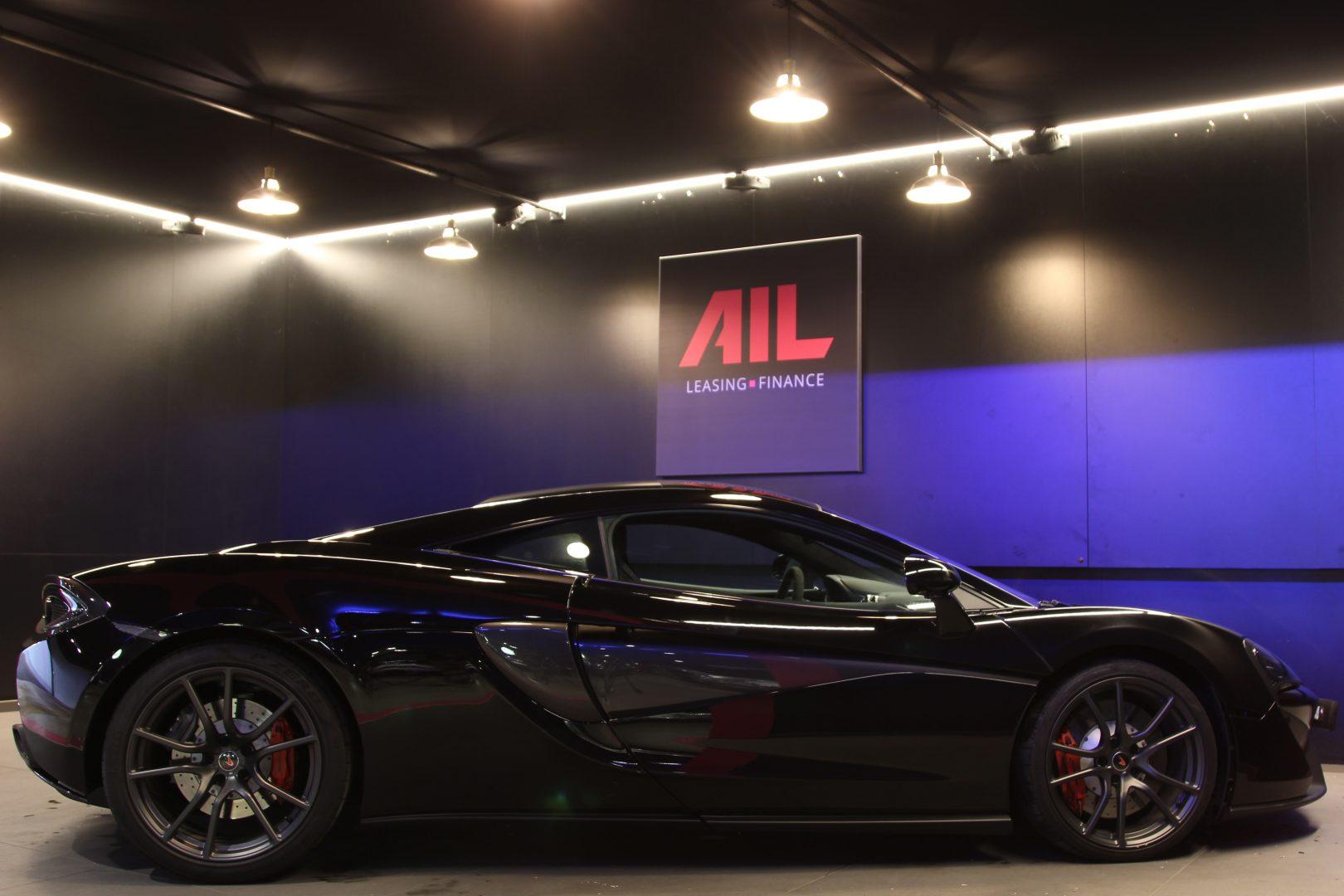 AIL McLaren 540C 5