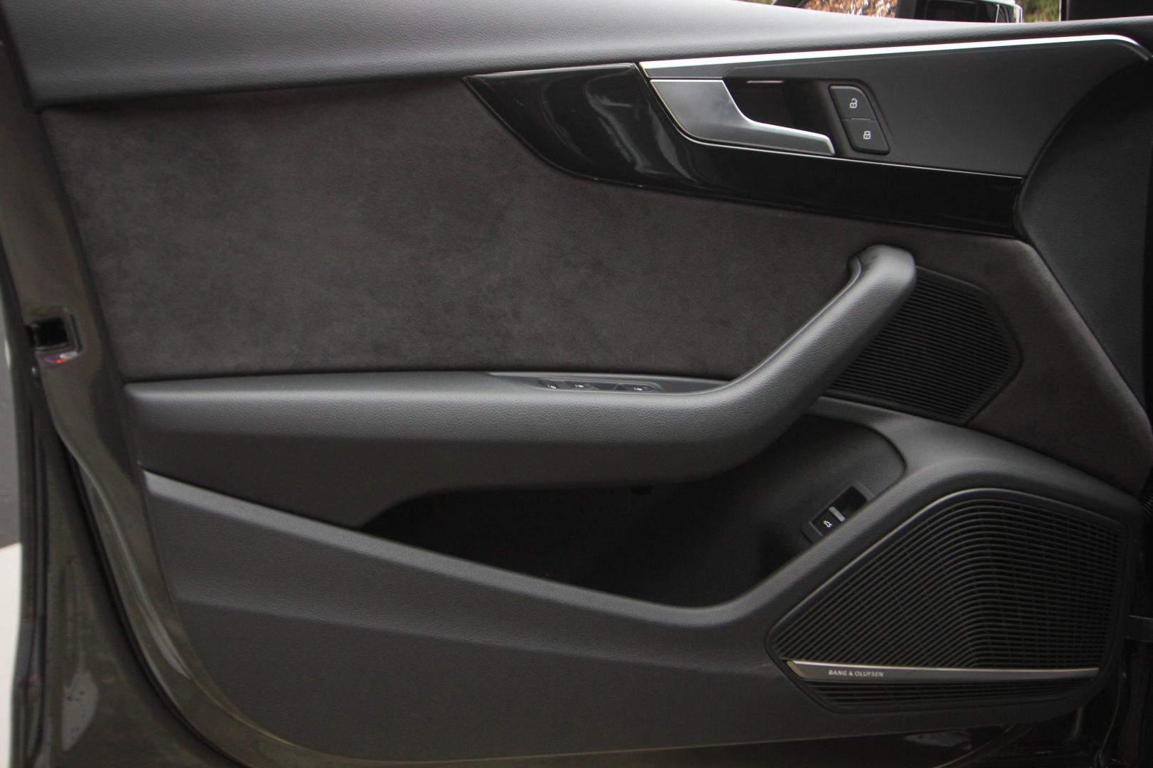 AIL Audi A4 Avant S line Sport / Plus quattro 3.0 TDI 10