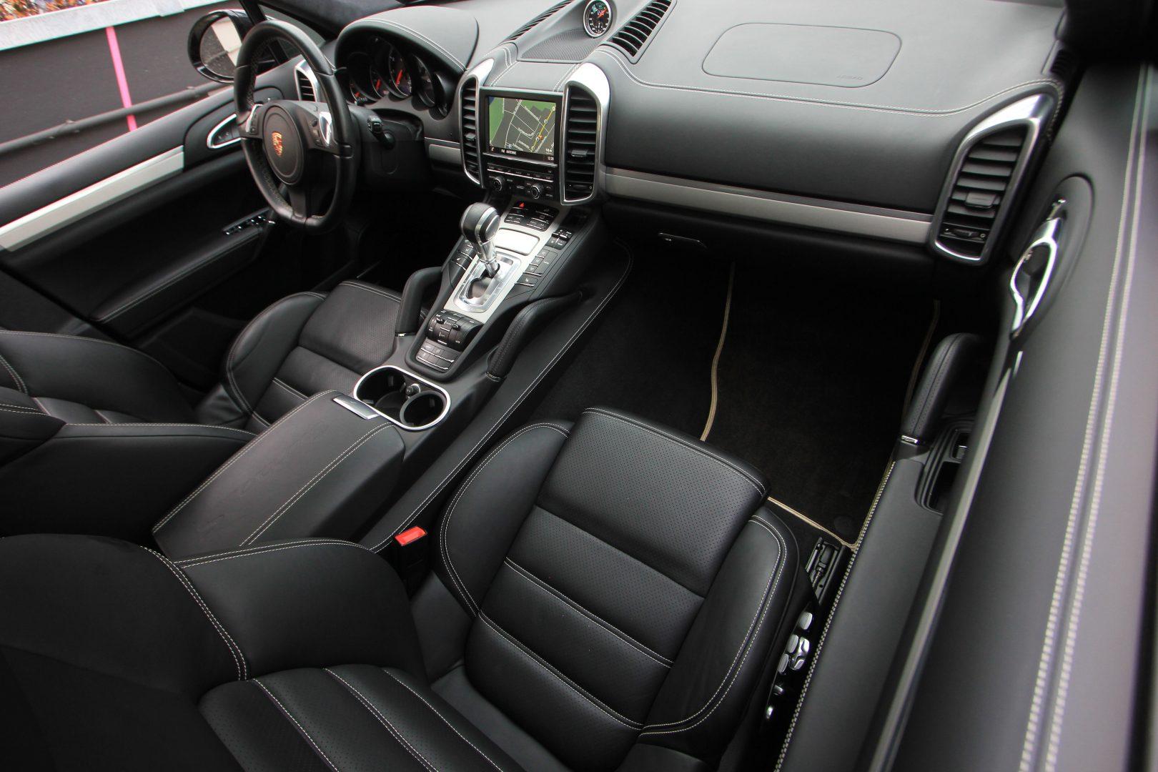 AIL Porsche Cayenne Turbo S 4
