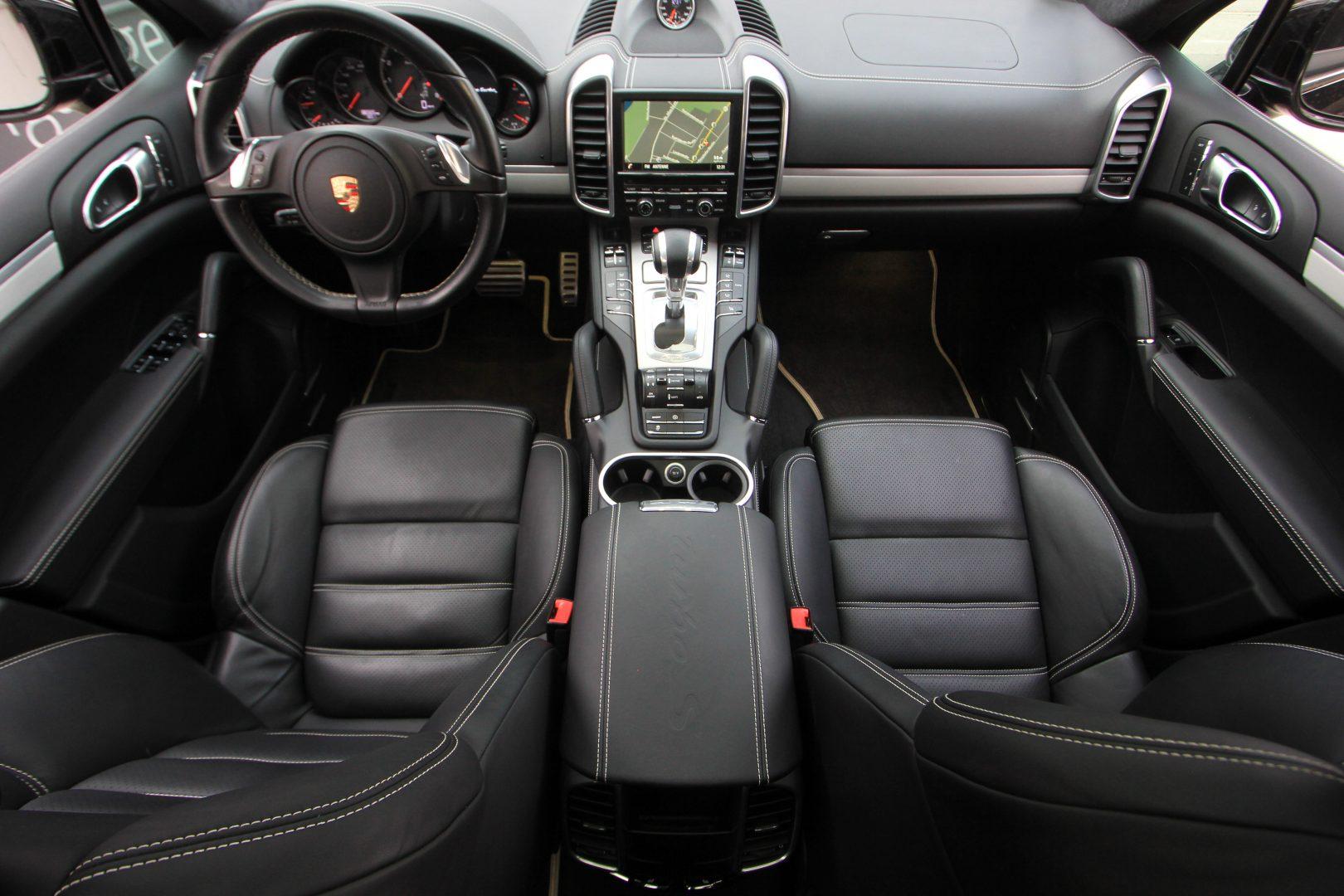 AIL Porsche Cayenne Turbo S 2
