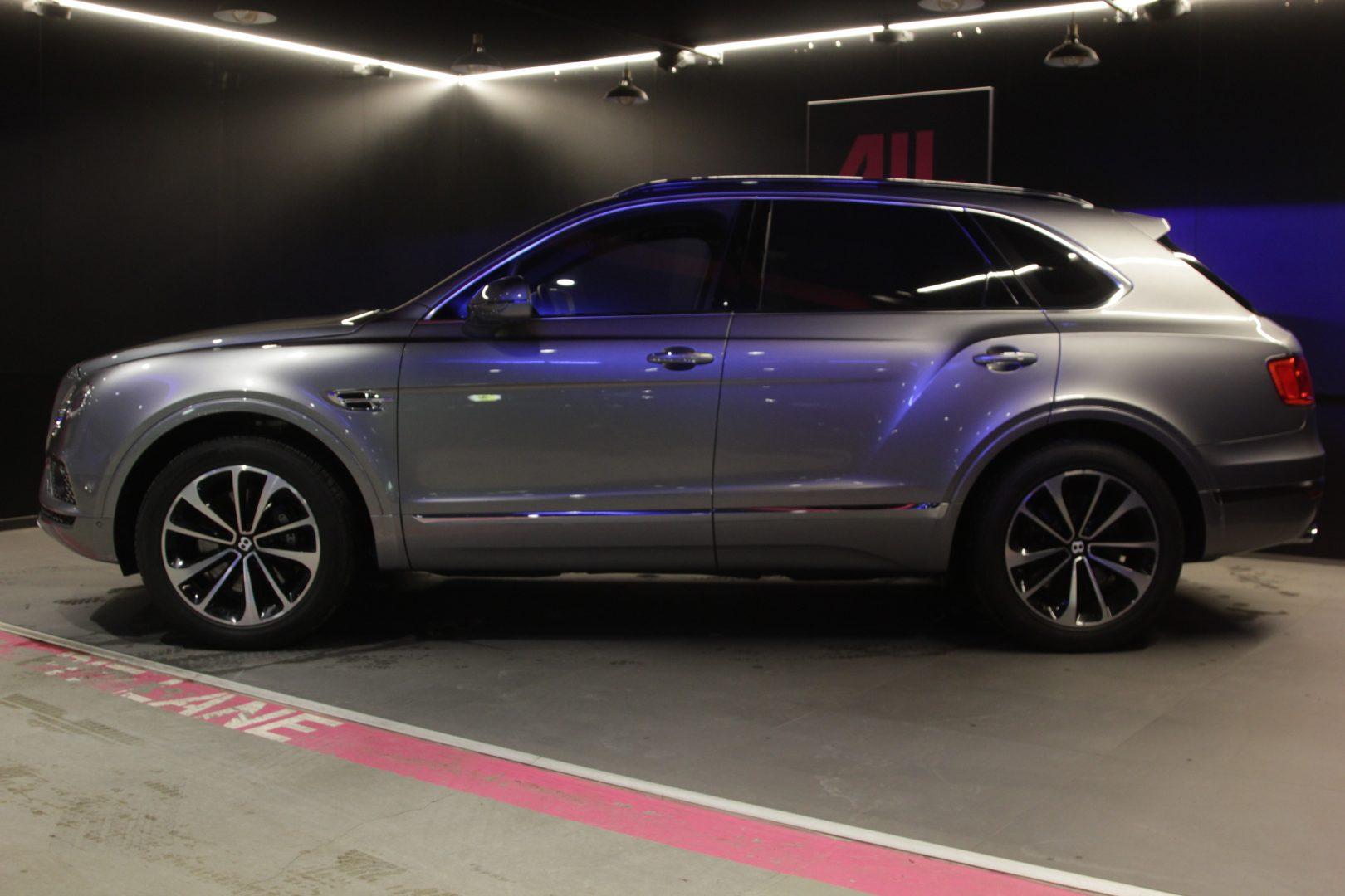 AIL Bentley Bentayga W 12 7
