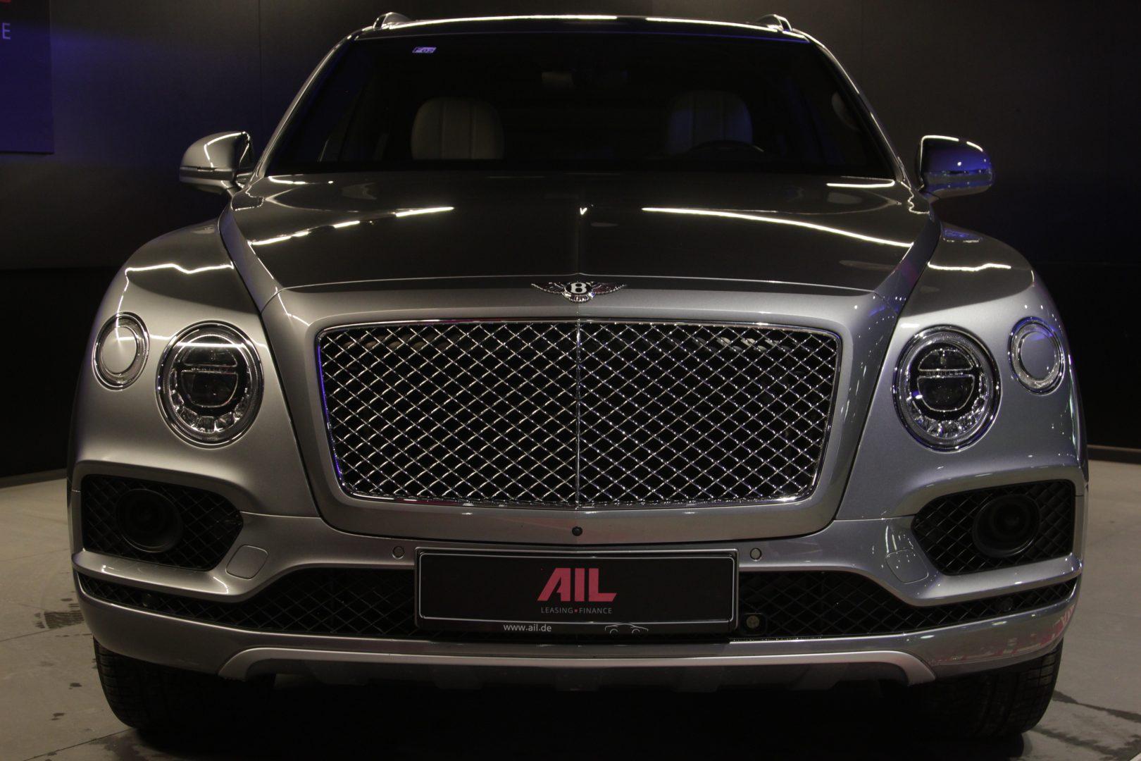 AIL Bentley Bentayga W 12 13