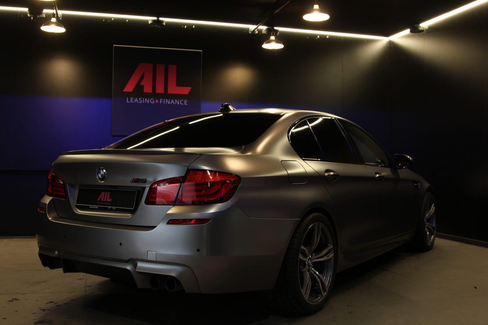 AIL BMW M5 1