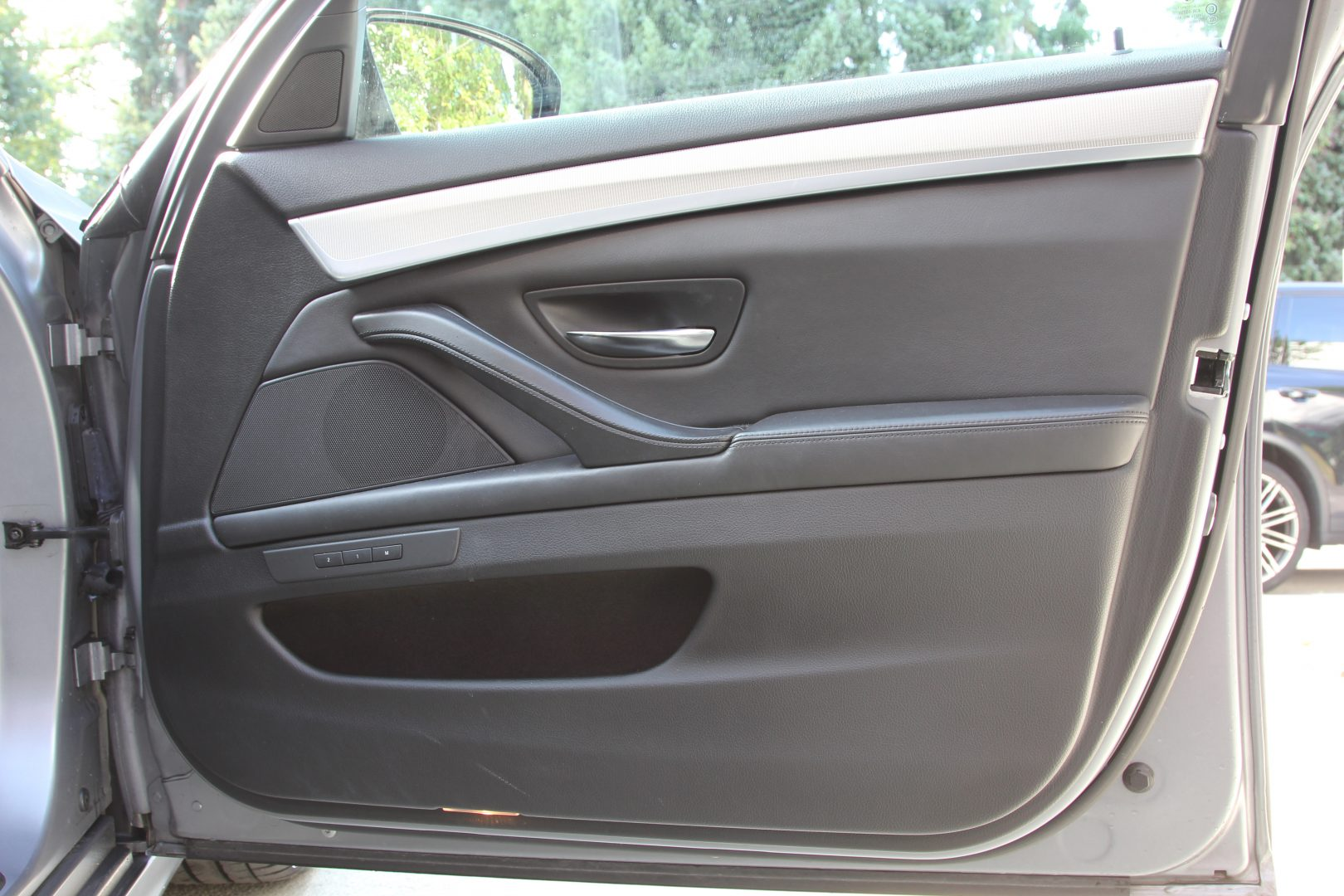 AIL BMW M5 6
