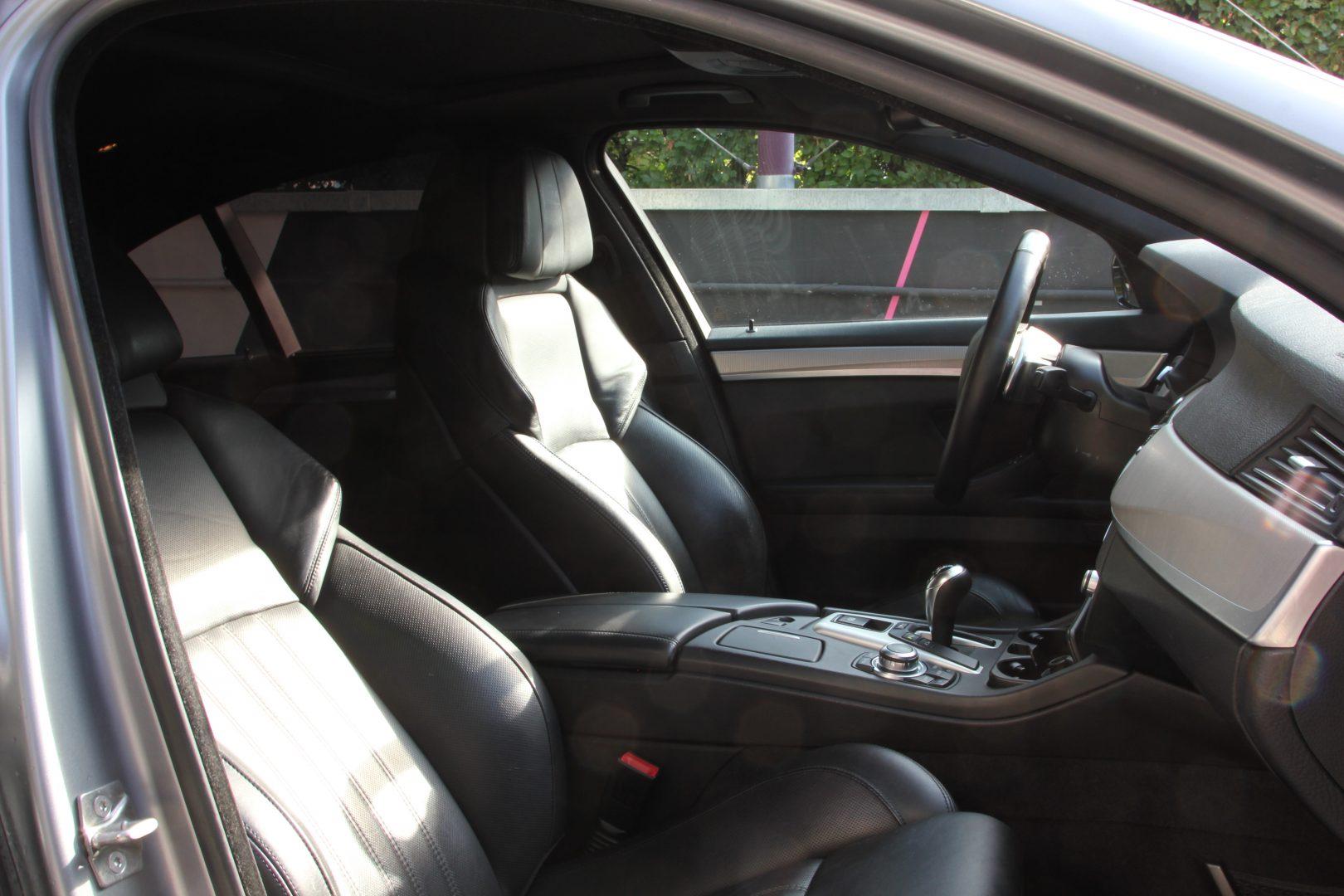 AIL BMW M5 8